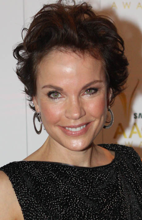 sigrid thornton mother