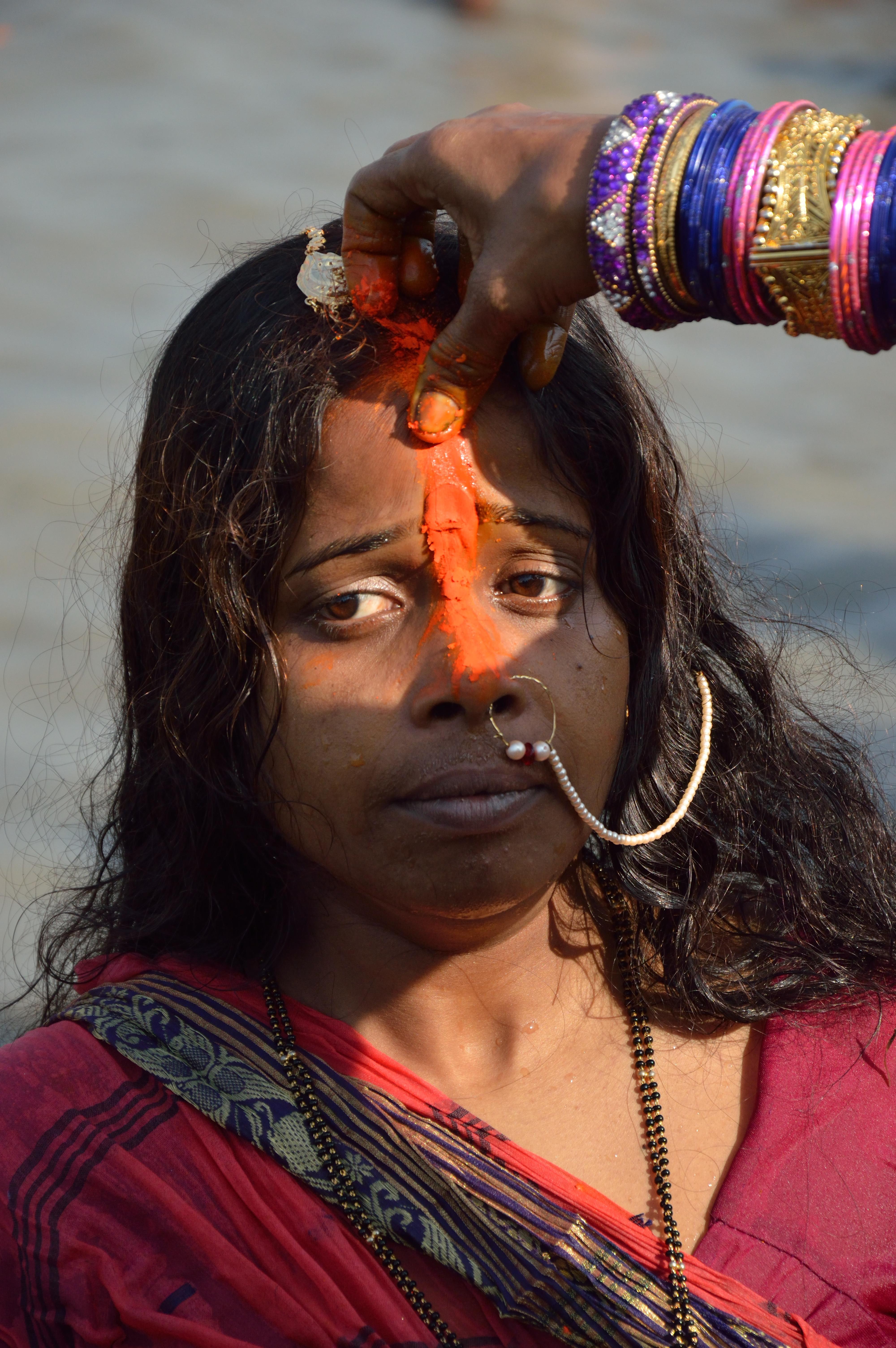 File:Sindoor Play - Chhath Puja Ceremony - Baja Kadamtala Ghat