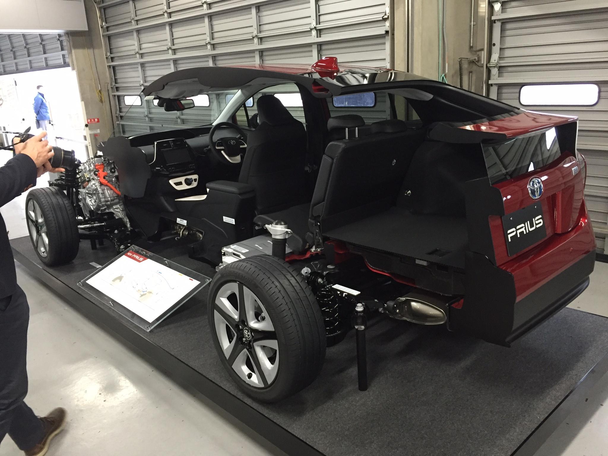 Kelebihan Kekurangan Tnga Toyota Spesifikasi