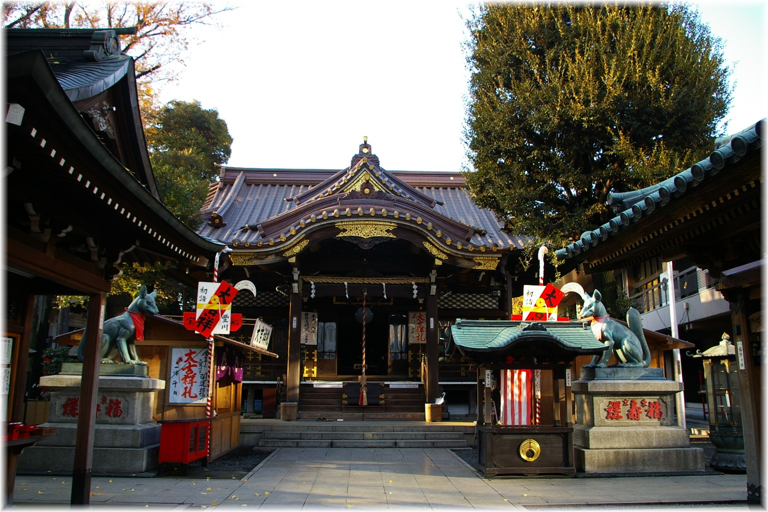 稲荷 別院 豊川 東京
