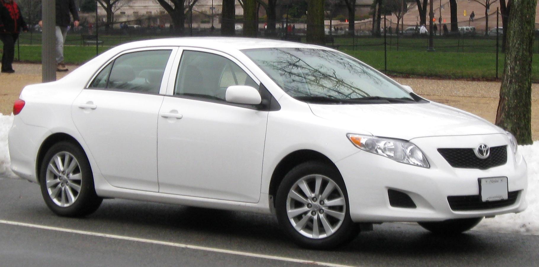 File:Toyota Corolla LE -- 12-26-2009.jpg - Wikimedia Commons