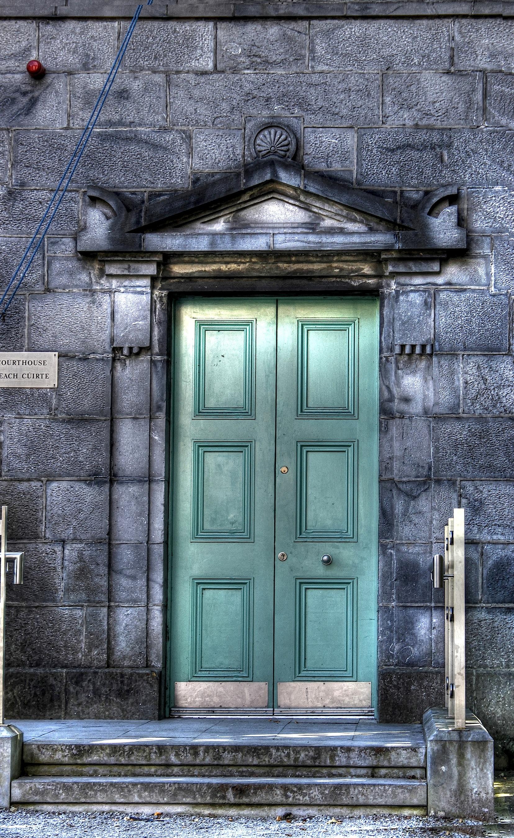 FileTurquoise door (8058175400) (2).jpg & File:Turquoise door (8058175400) (2).jpg - Wikimedia Commons pezcame.com
