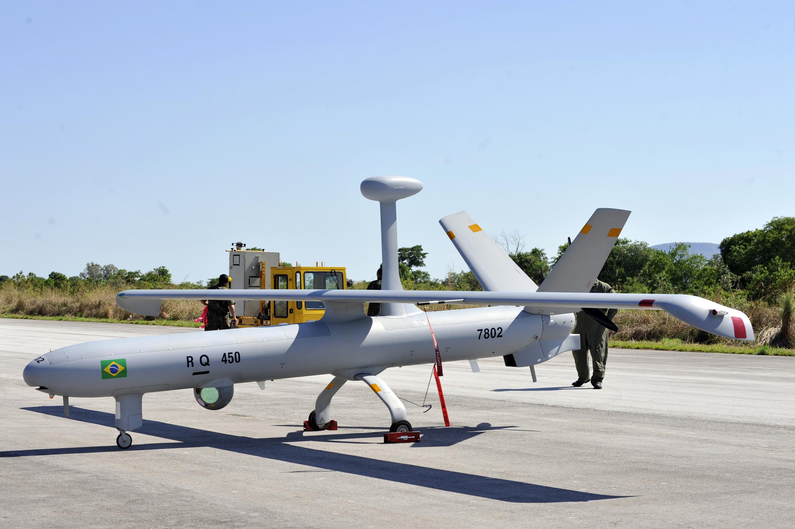 Elbit Hermes 450 UAV service with Brazil