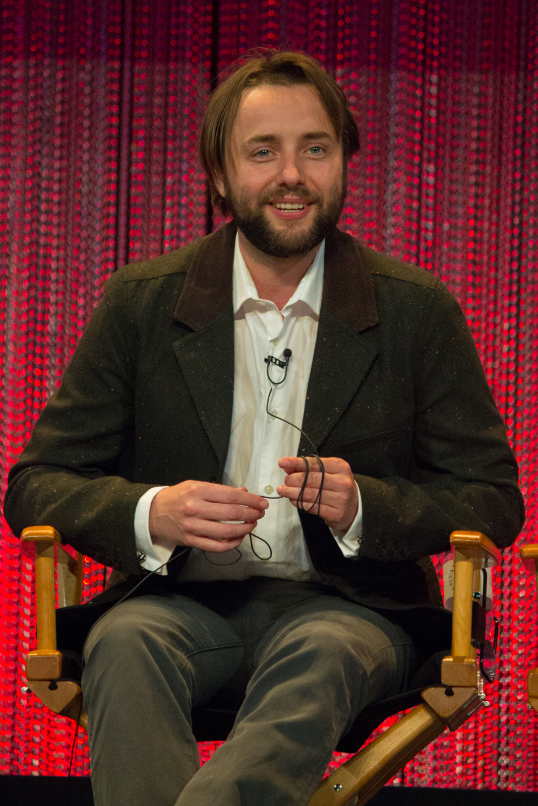 The 41-year old son of father James Ralph Kartheiser and mother Janet Marie Gruyé Vincent Kartheiser in 2020 photo. Vincent Kartheiser earned a  million dollar salary - leaving the net worth at 3 million in 2020