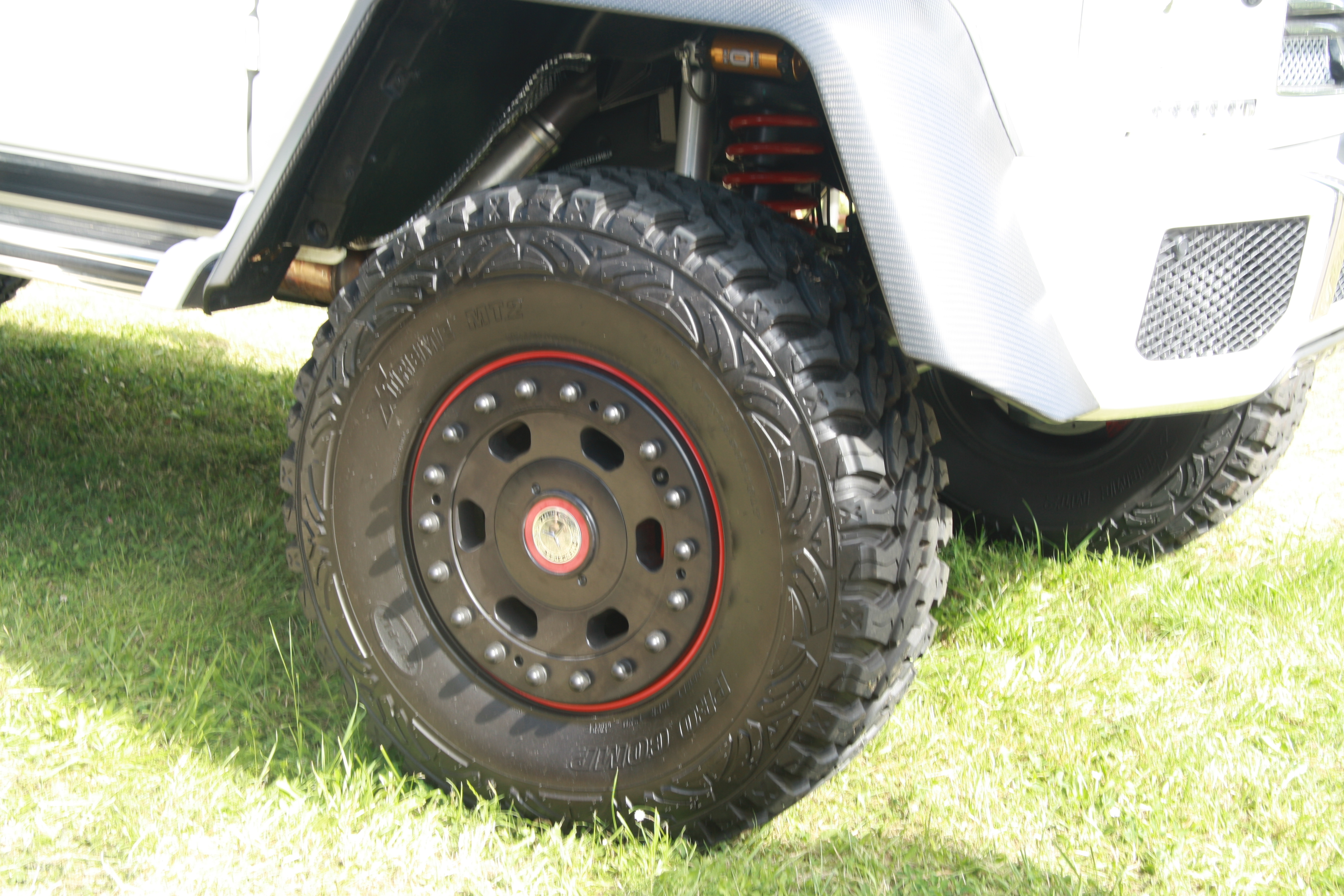 File:Wheel of Mercedes-Benz G63 AMG 6x6 at Legendy 2014 ...