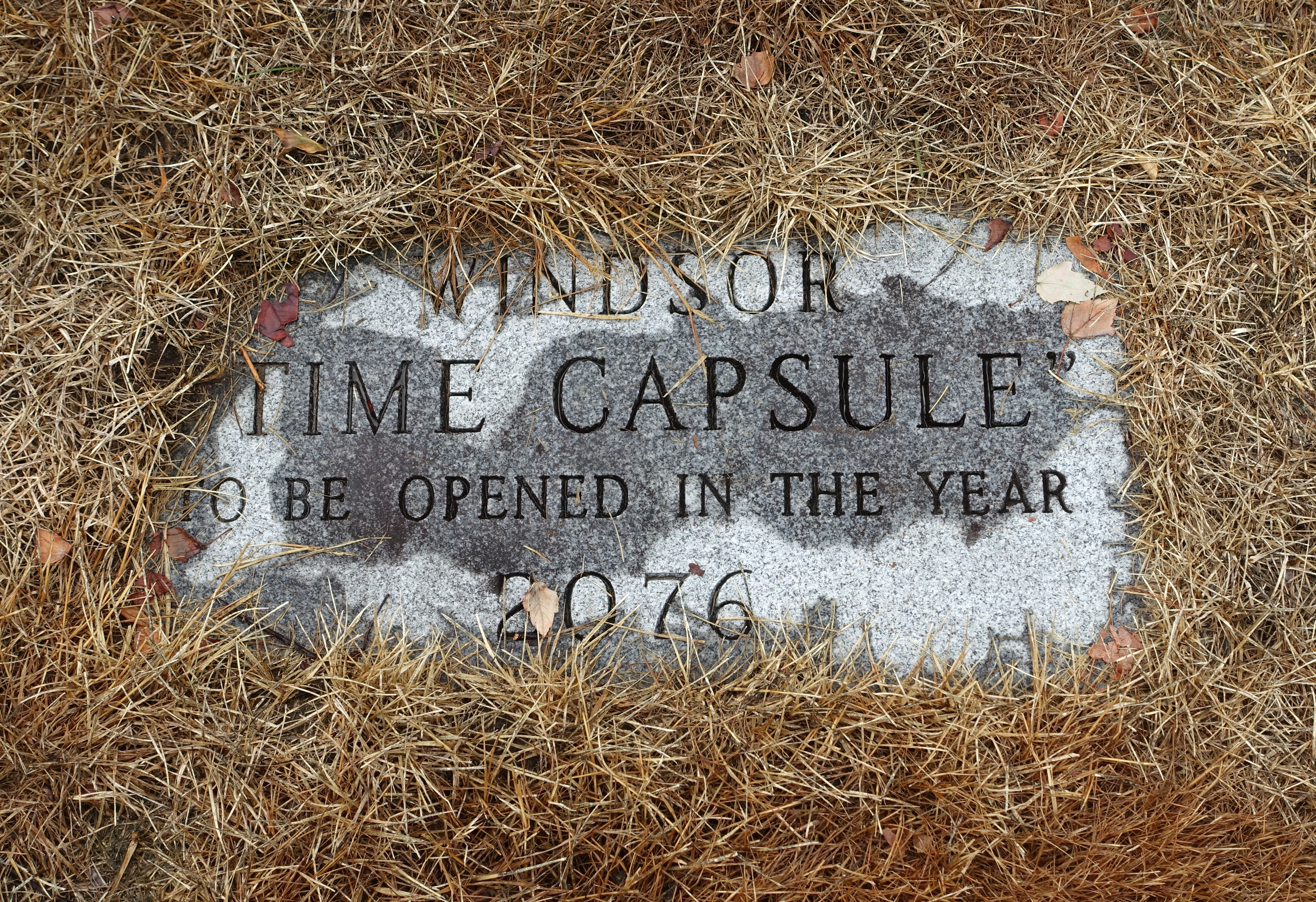 File:Windsor Time Capsule, to be opened in the year 2076 - Palisado Green