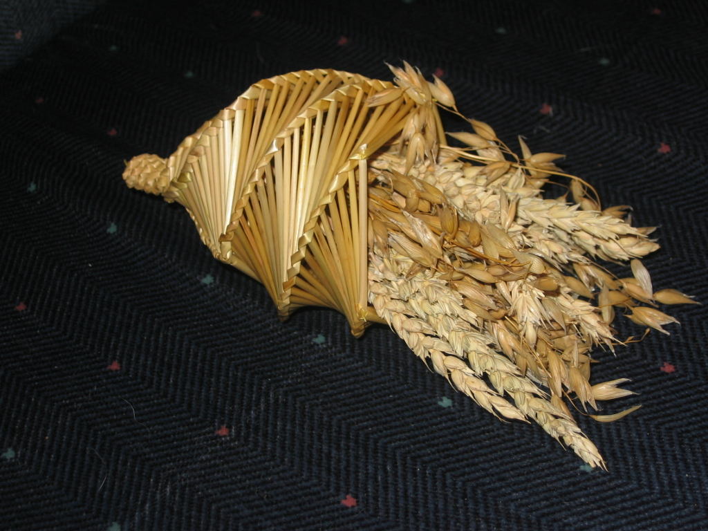 English: corn dolly cornucopia