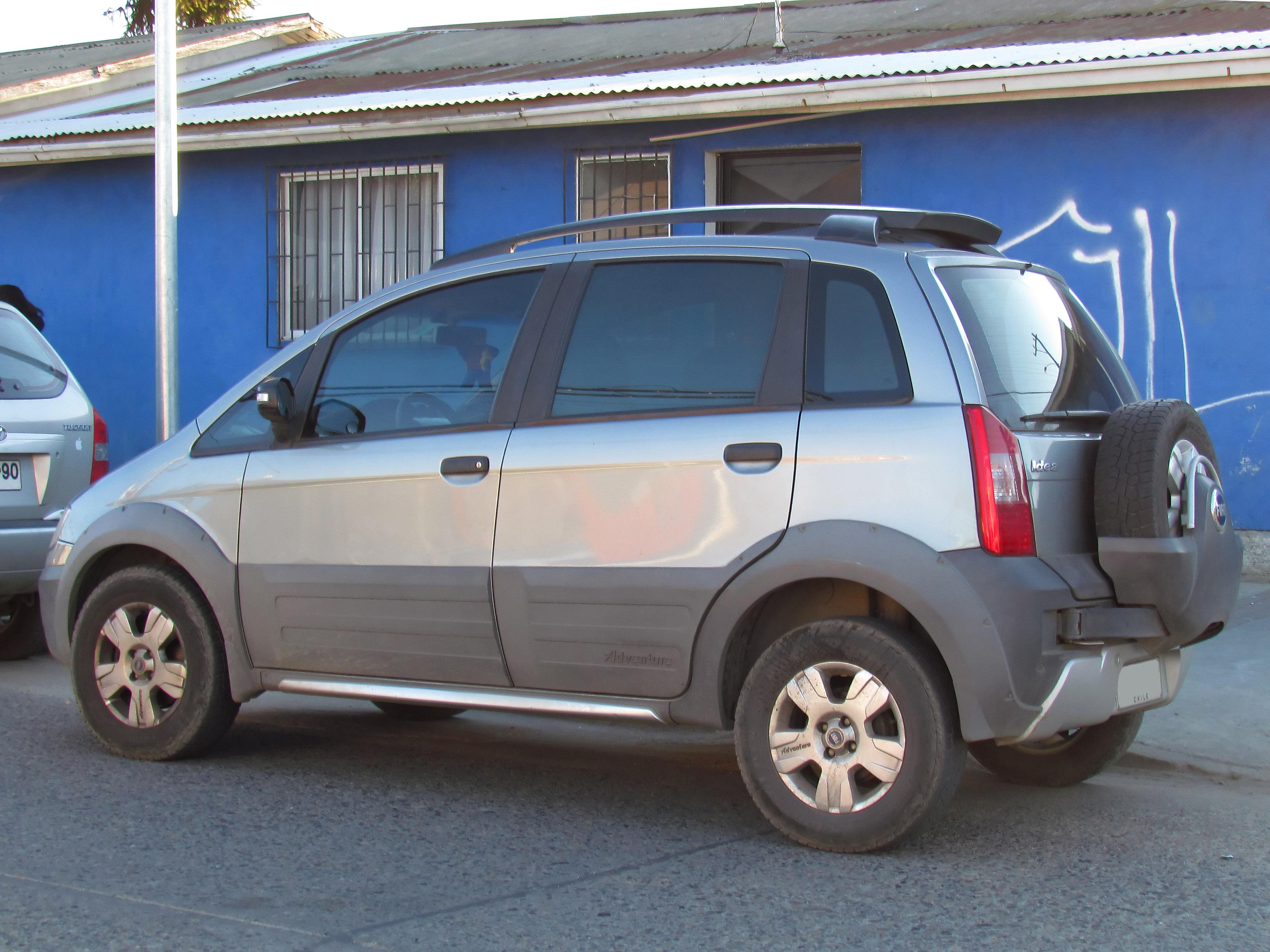 File 08 Italian Xuv Fiat Idea Adventure Brasil Sud America Grey Facing Left Blue House Jpg