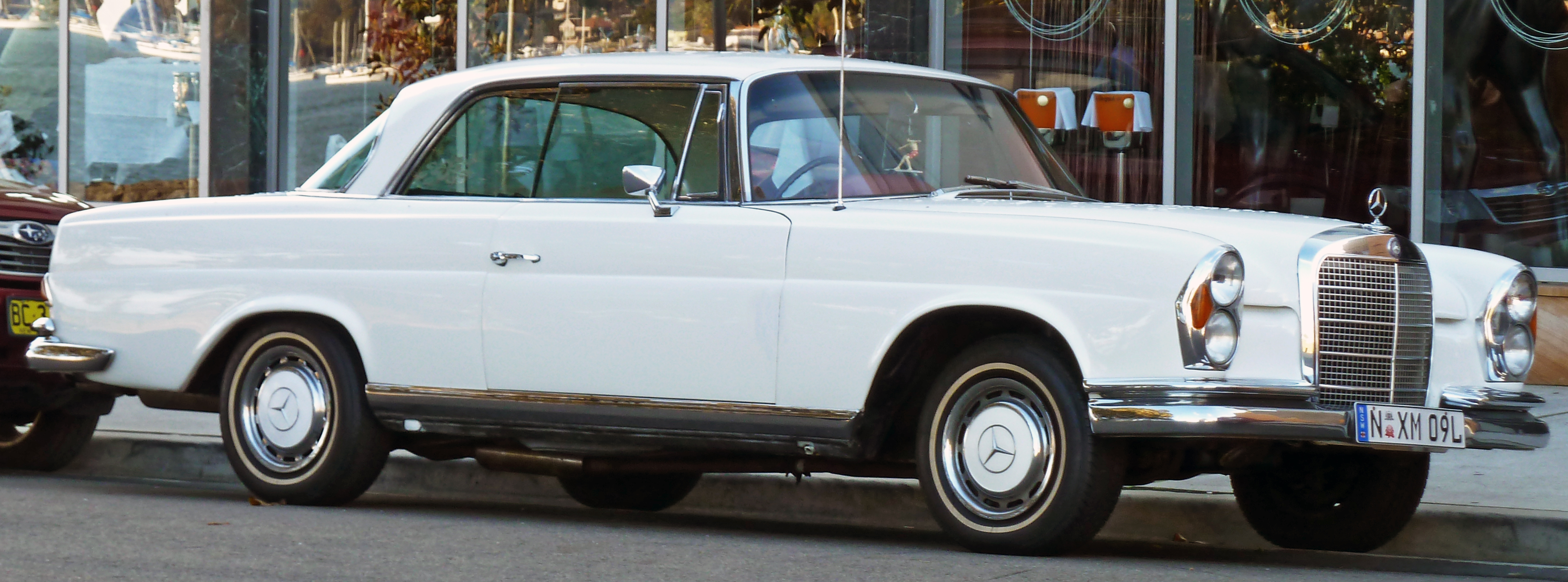 File 1969 mercedes benz 280 se w 111 coupe 2010 07 25 for 1969 mercedes benz 280 se convertible