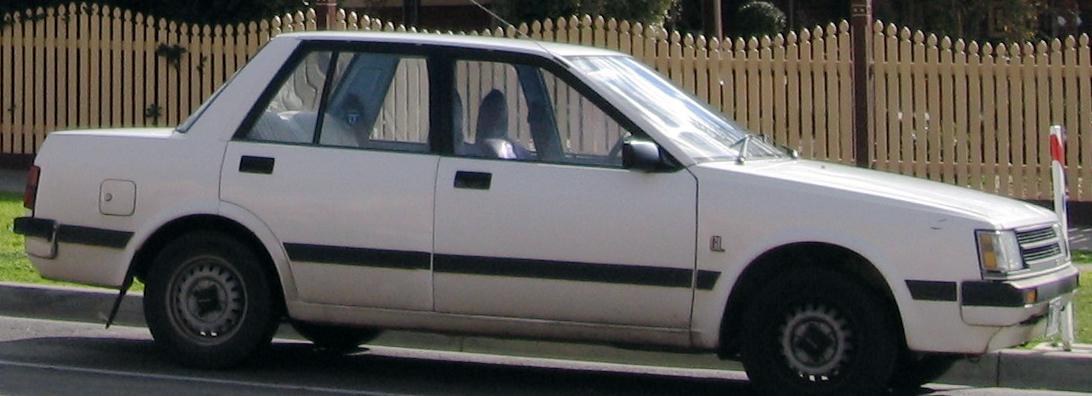 File1983 1984 Nissan Pulsar N12 GL Sedan 2008 08