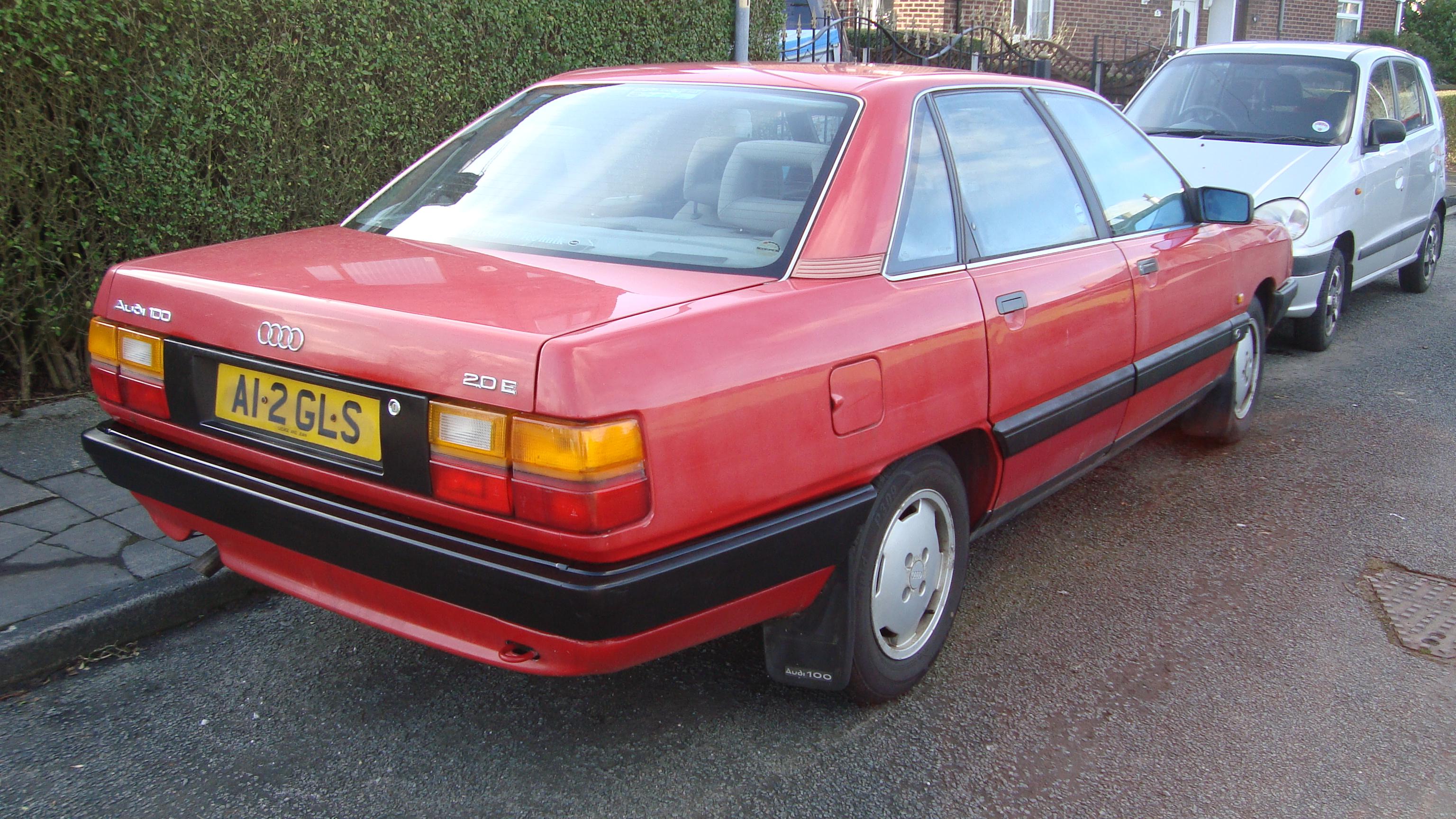 File:1990 Audi 100 SE (12566584484).jpg - Wikimedia Commons