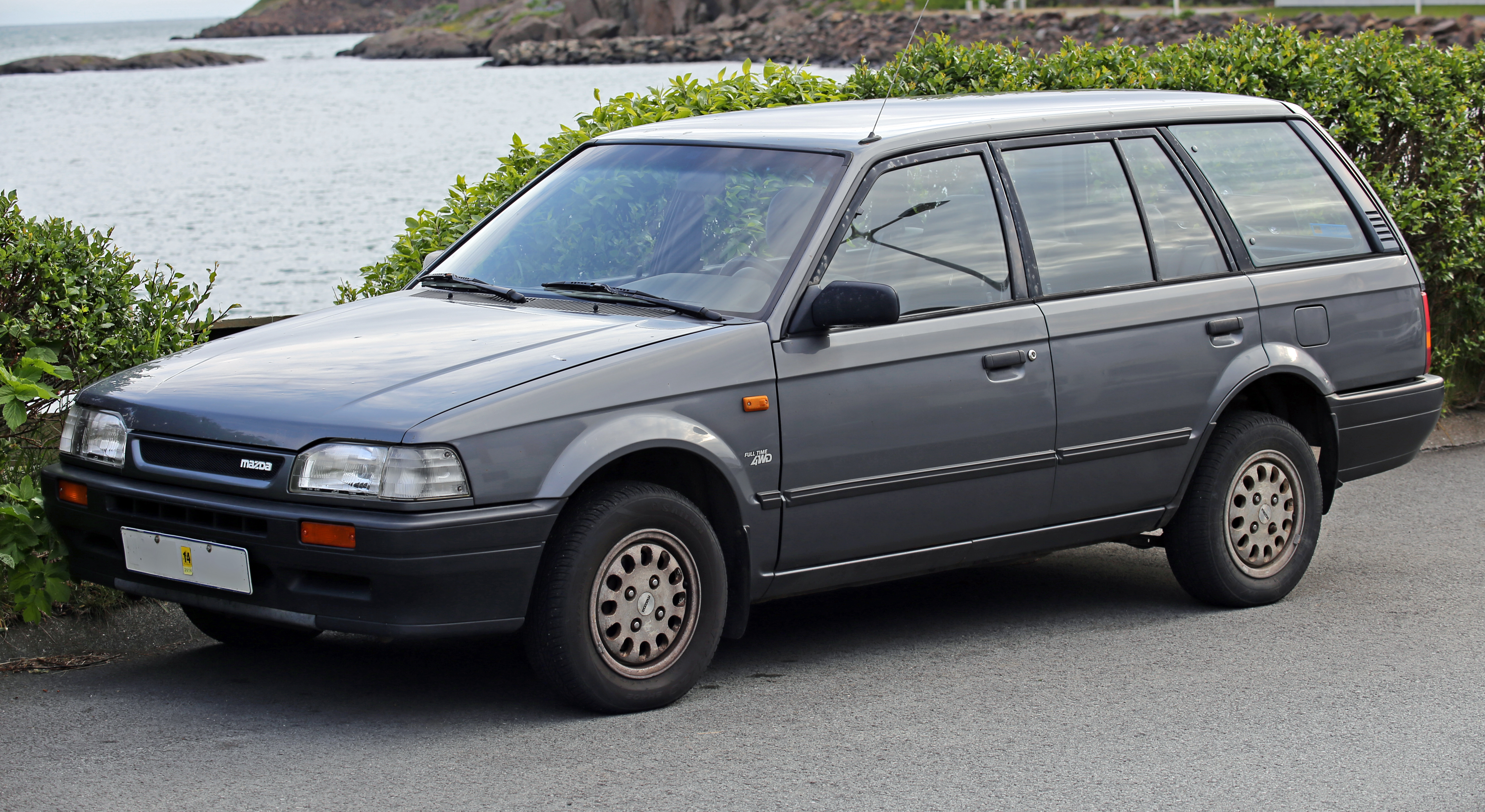 file:1994 mazda 323 wagon full time 4wd front - wikimedia commons