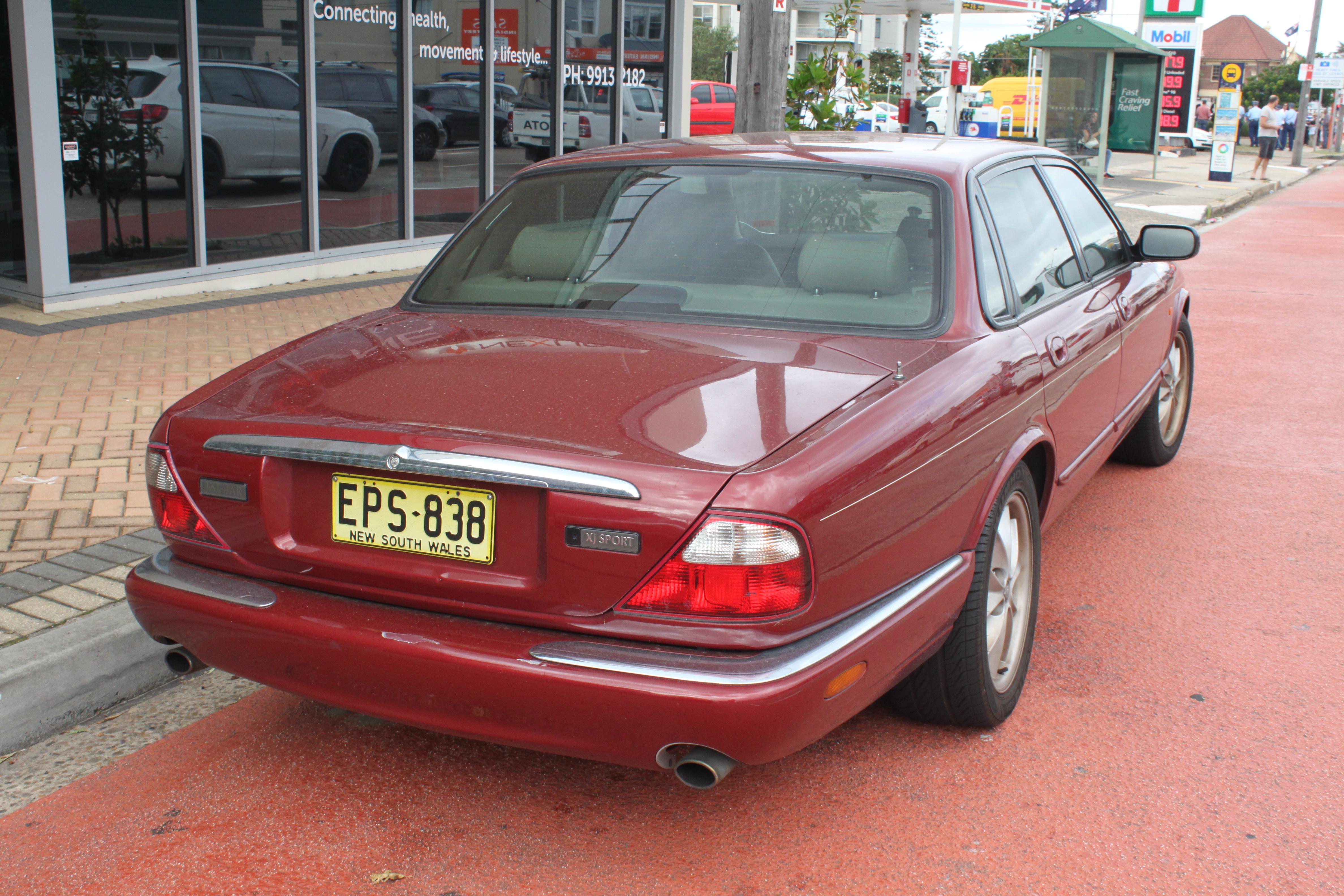 File 1999 Jaguar Xj8 X308 Sport Sedan 26548466476 Jpg Wikimedia Commons