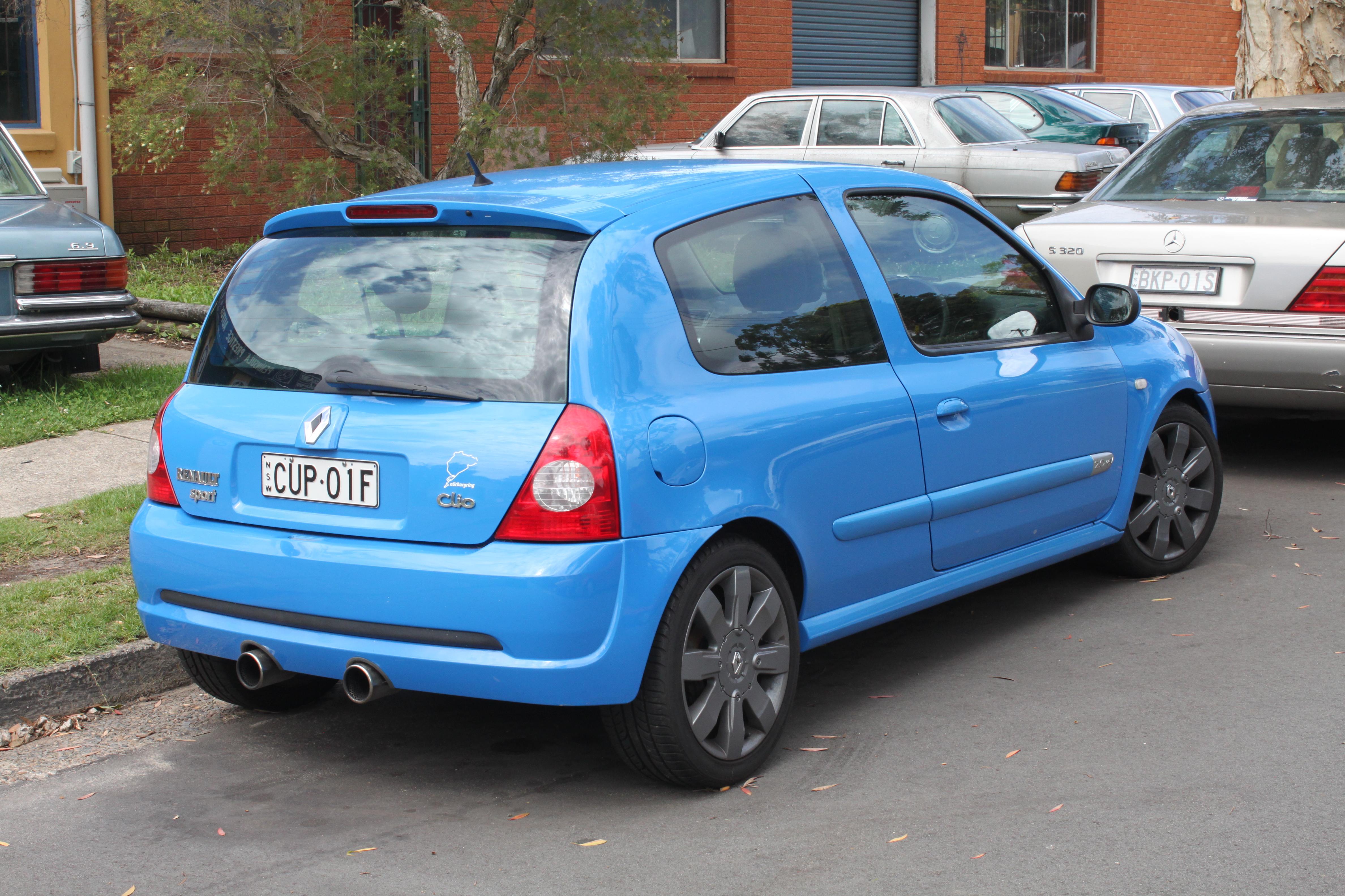 File 2005 Renault Sport Clio X65 Phase 3 182 Cup 3 Door Hatchback 22906247800 Jpg Wikimedia Commons