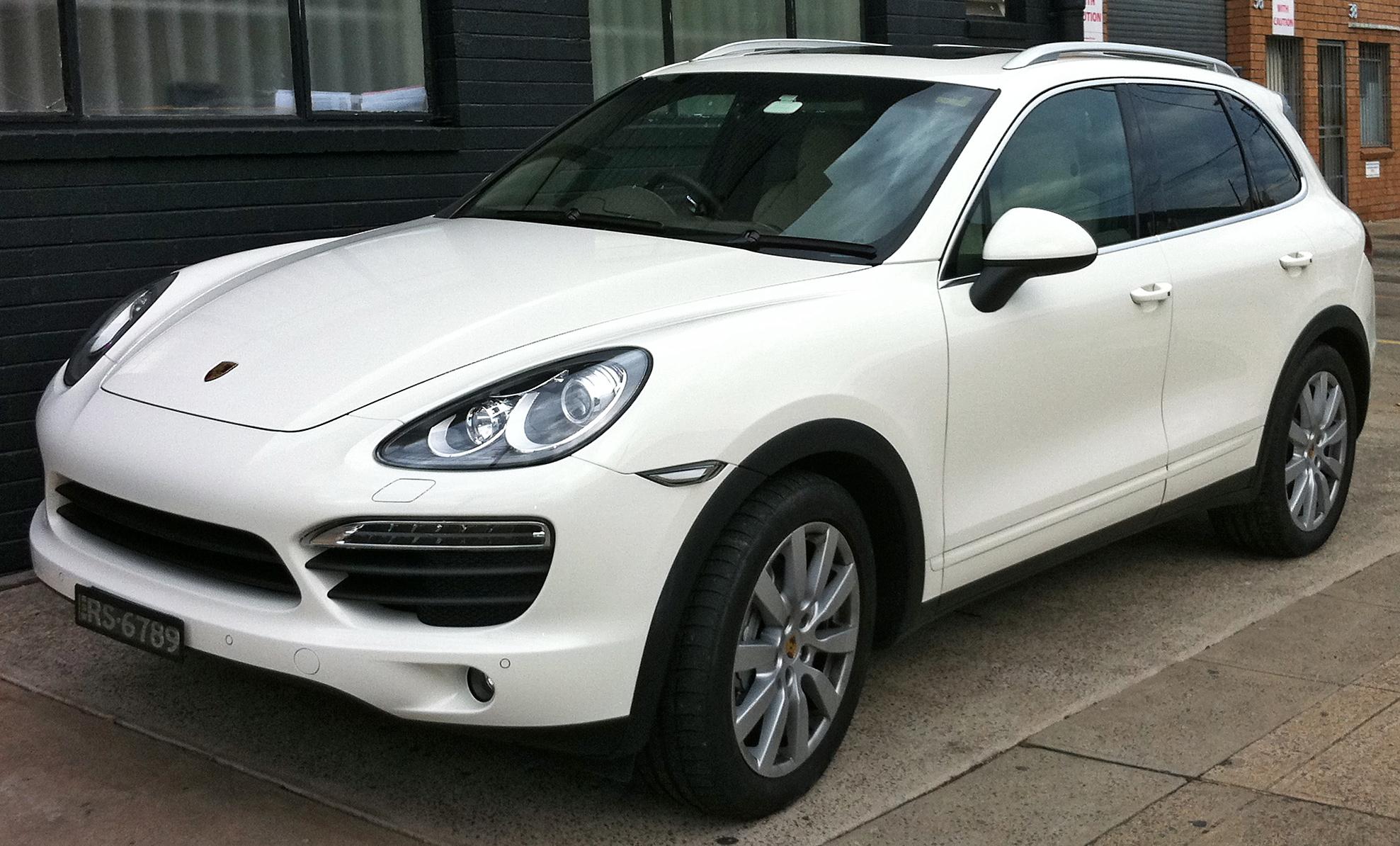Porsche cayenne body style changes