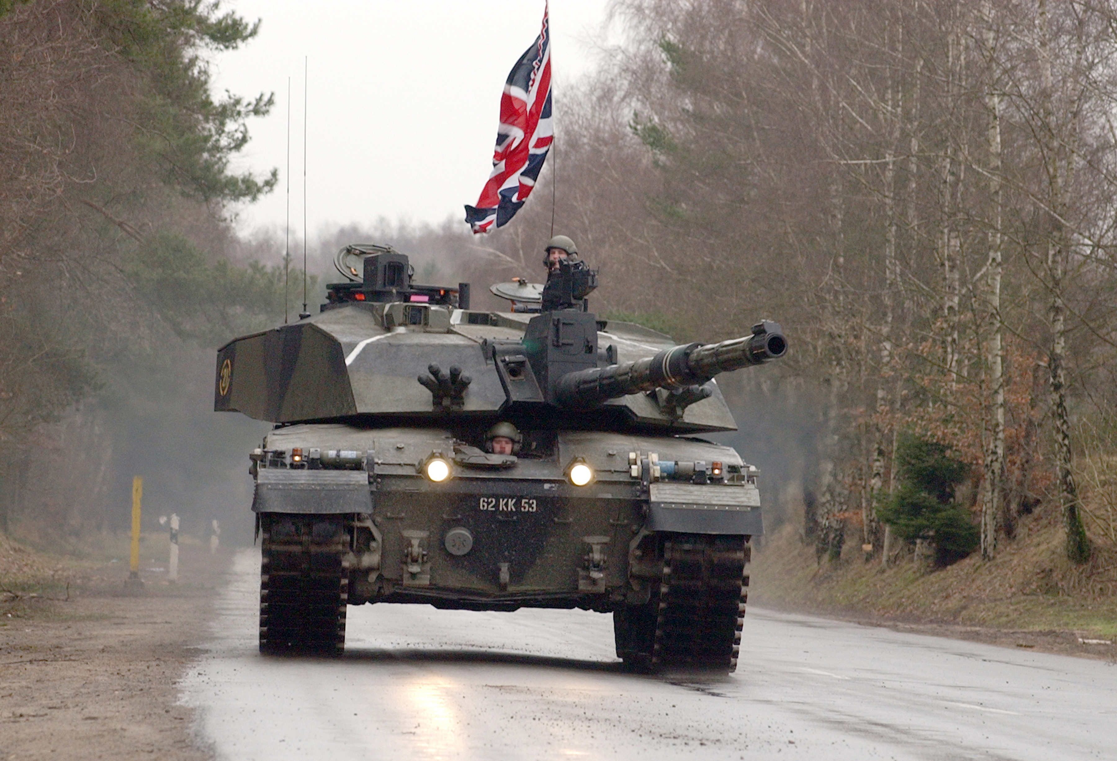 ac940b207e28 File A Challenger 2 Main Battle Tank from the Royal Scots Dragoon Guards.  GERMANY