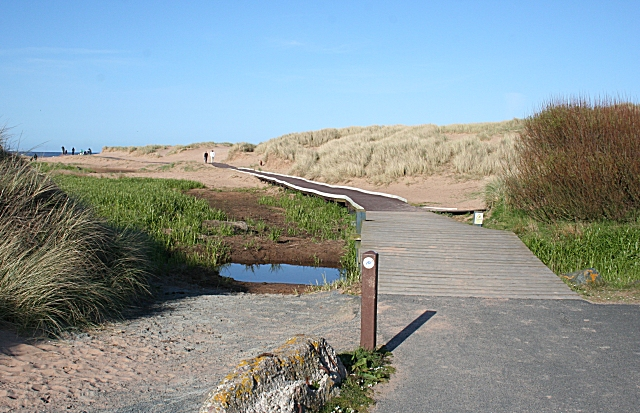 Access to Balmedie Beach - geograph.org.uk - 1300478