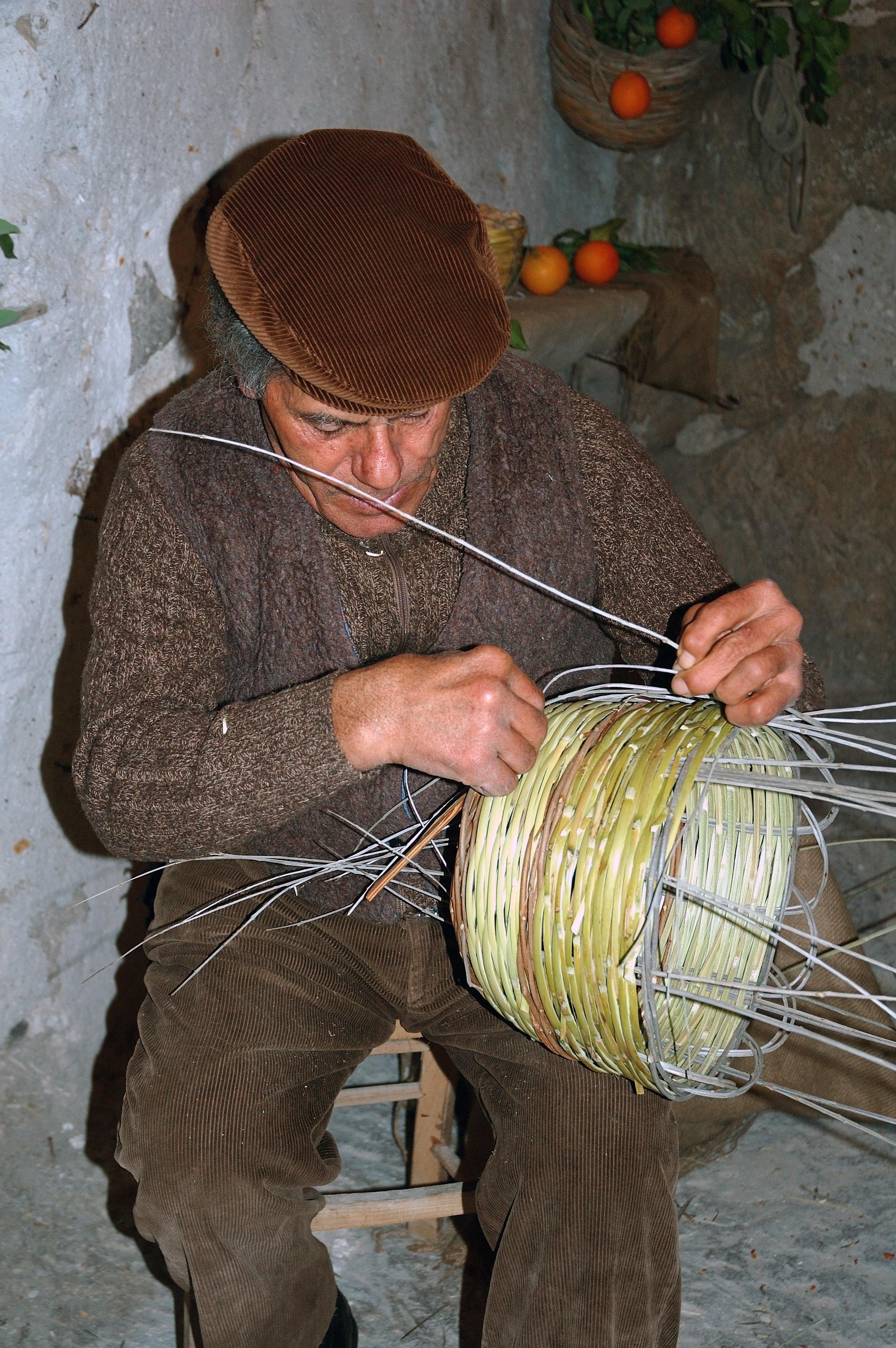 File artigiano siciliano jpg wikipedia for Artigianato italia