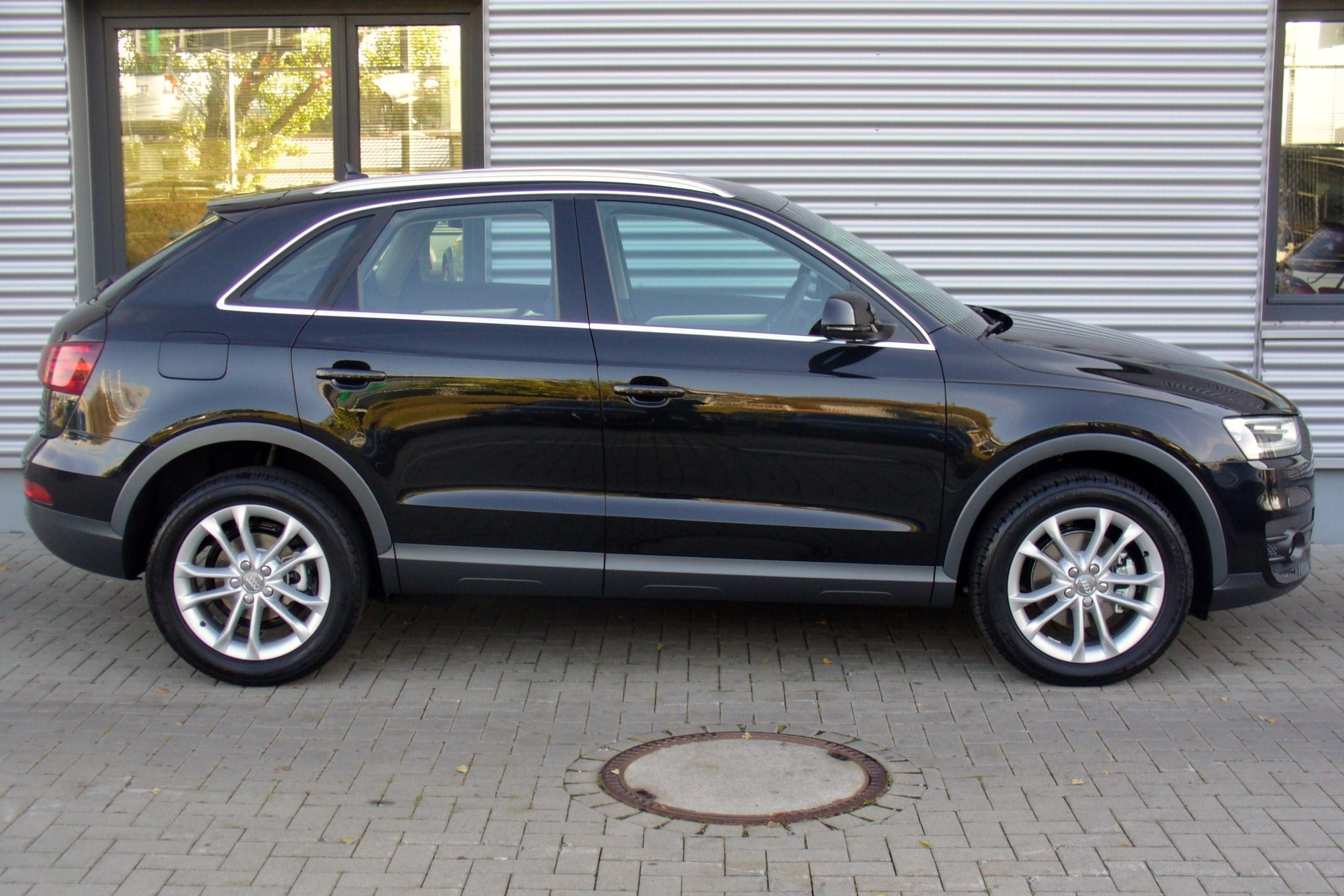 File Audi Q3 2 0 Tdi Quattro S Tronic Phantomschwarz Seite Jpg