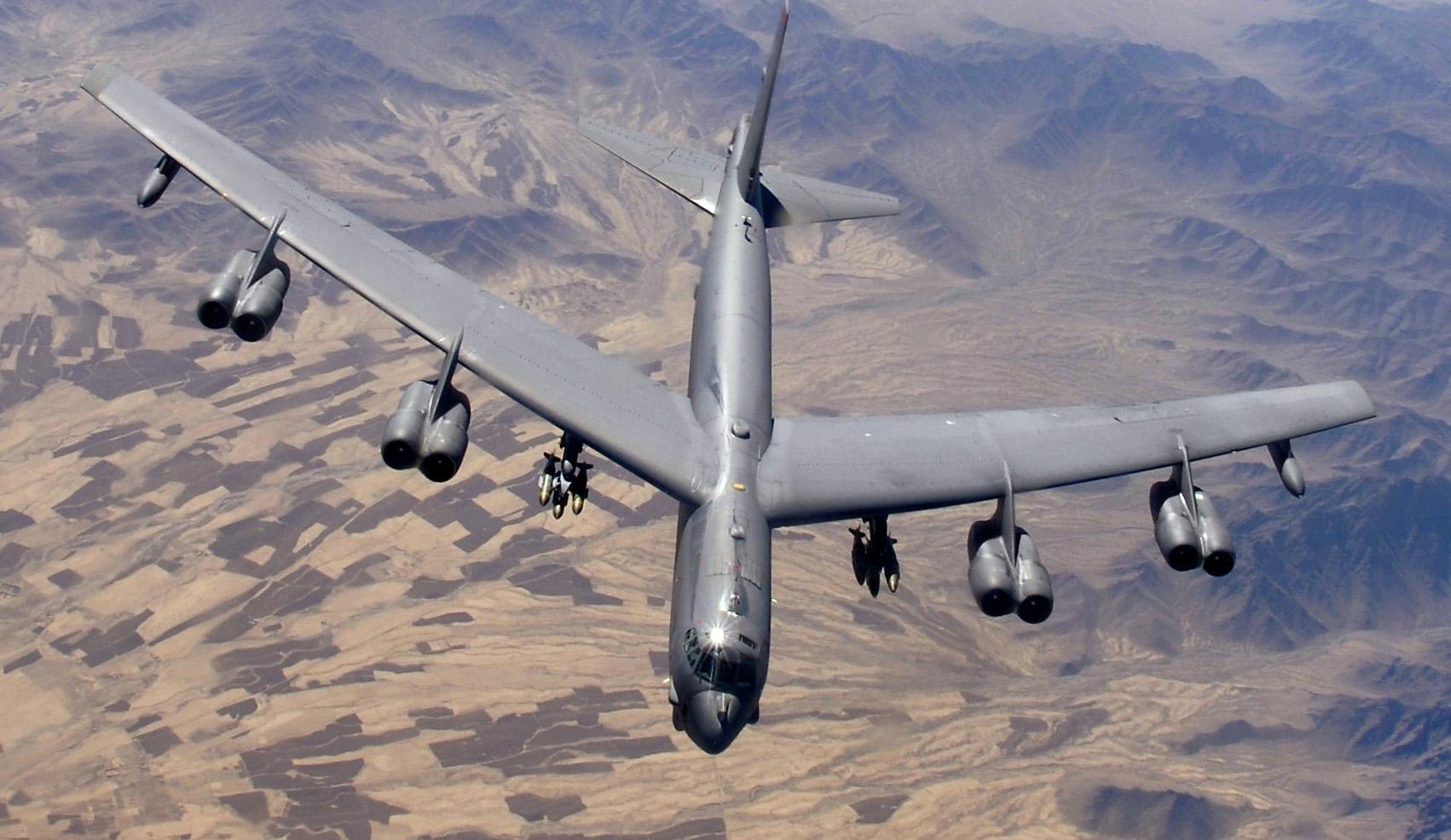 B 52 Boeing B-52 Stratofort...