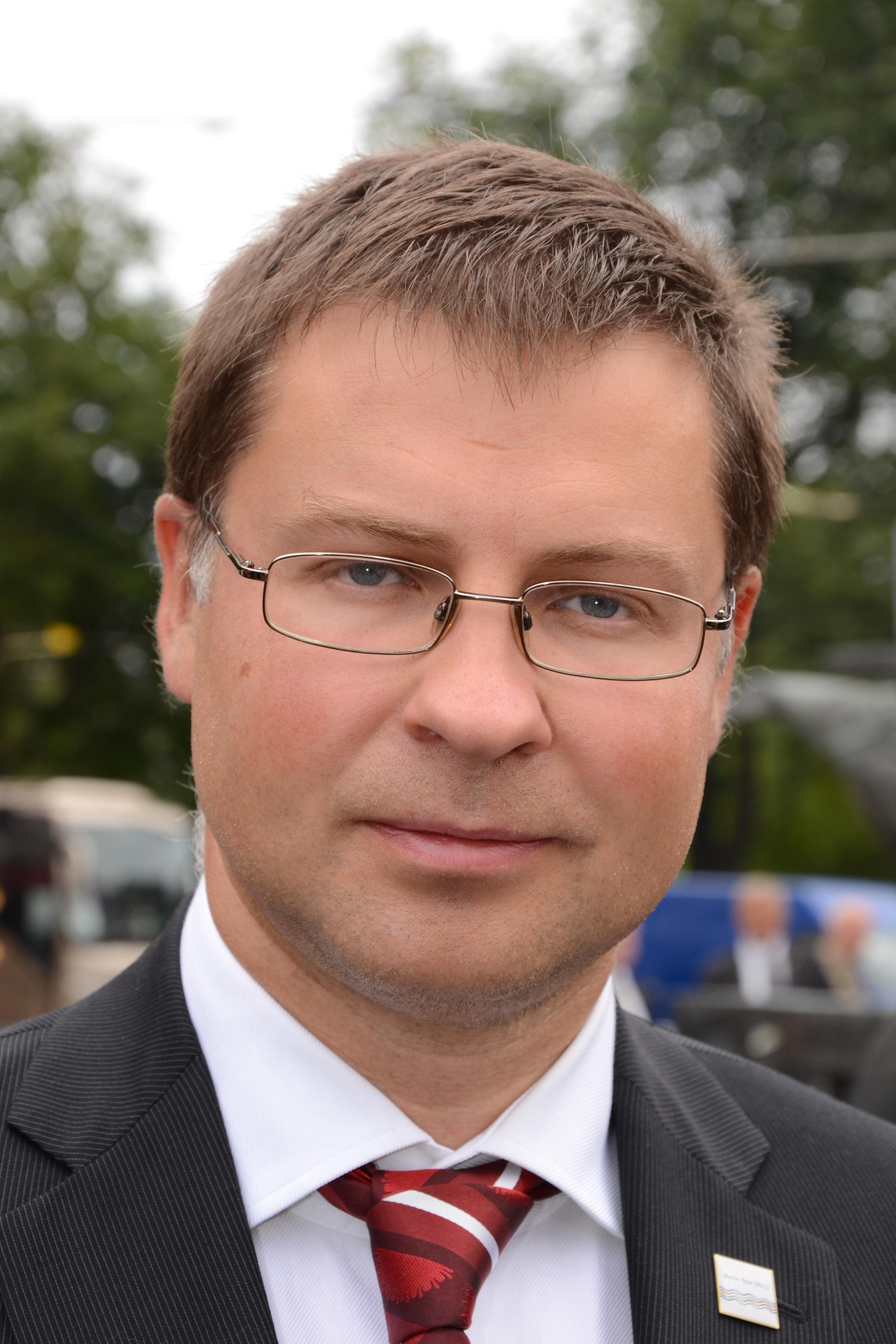 Risultati immagini per Valdis Dombrovskis