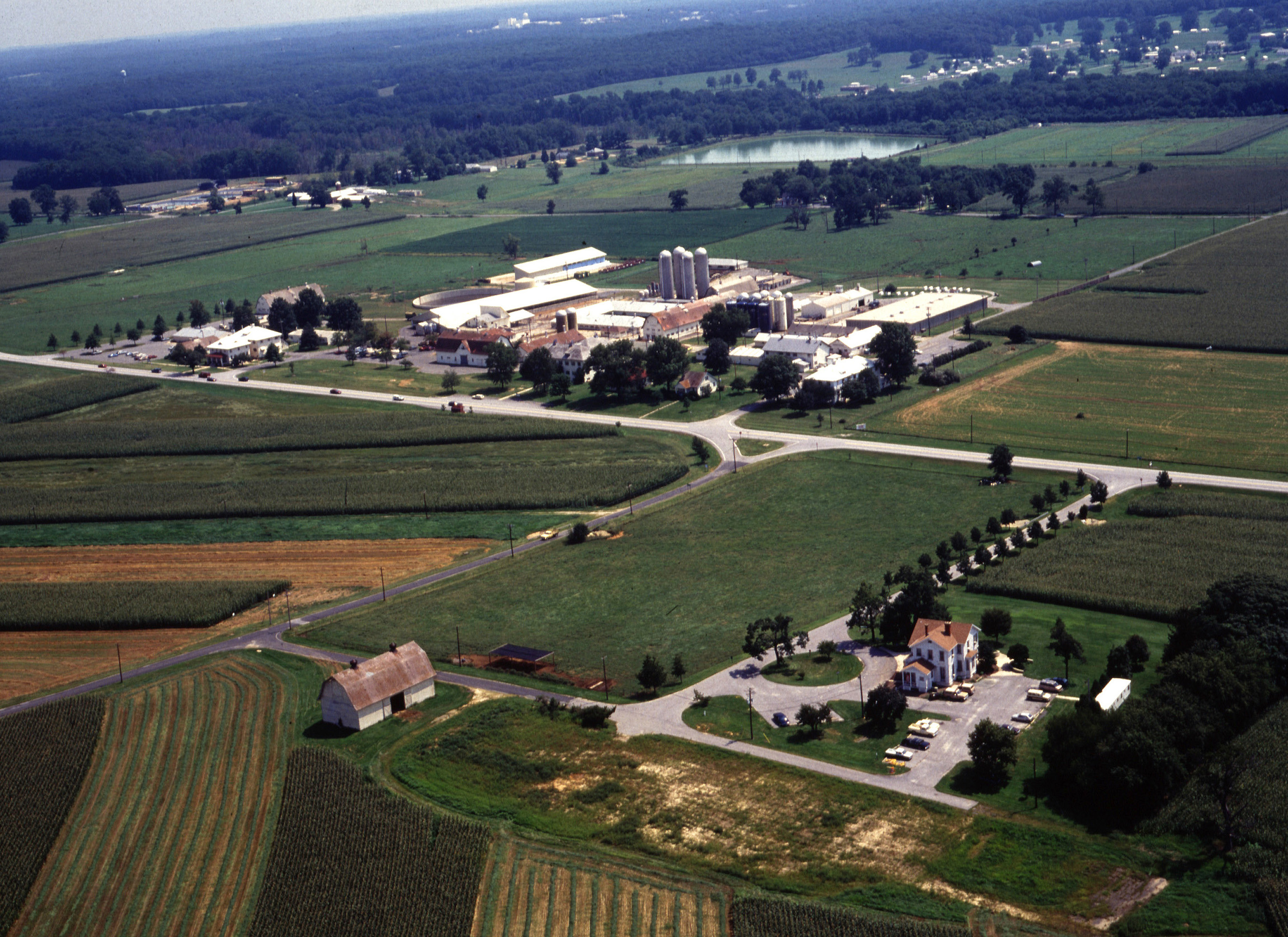 Beltsville_Agricultural_Research_Center_grounds.jpg