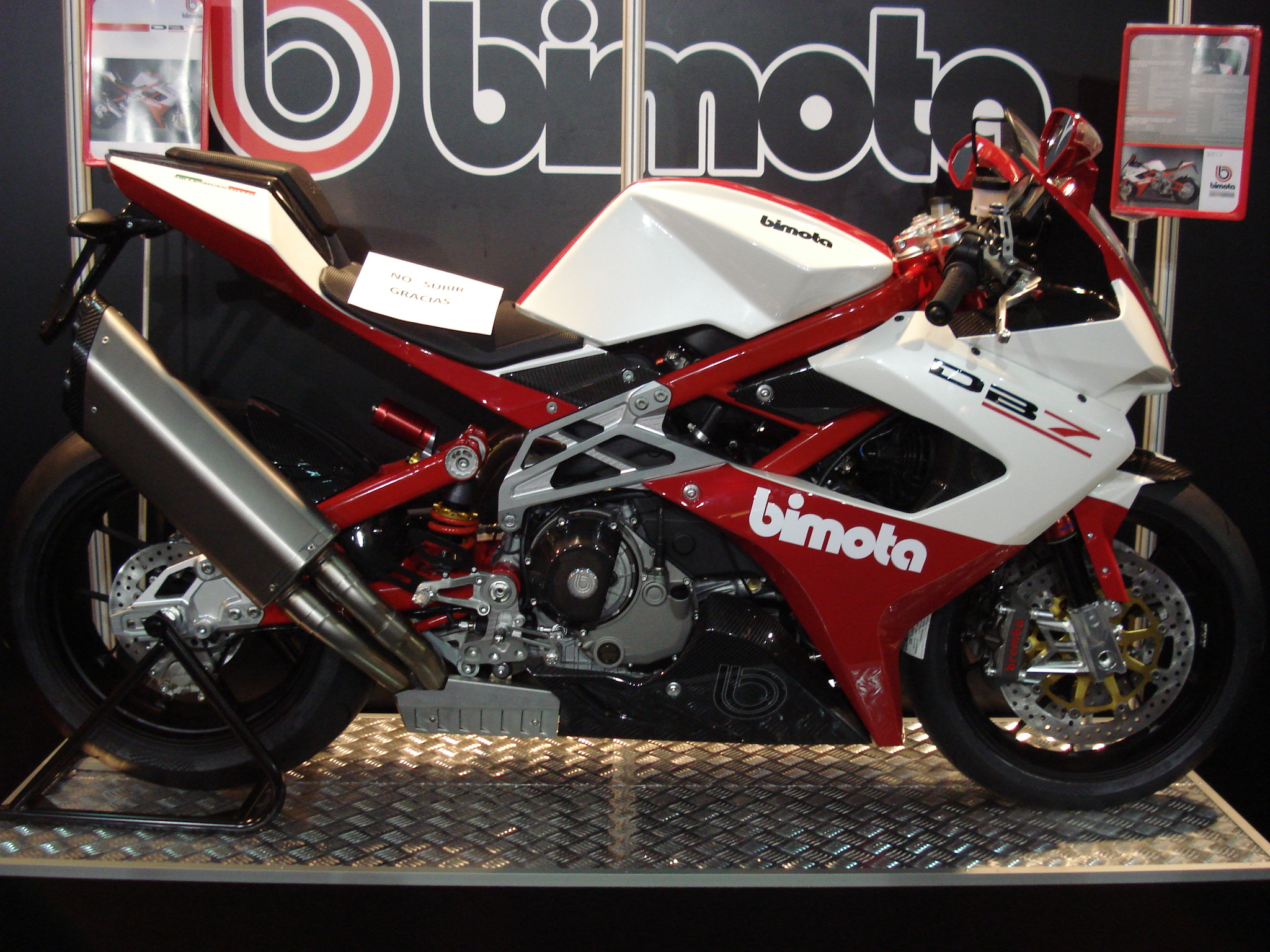 Bimota DB7 Pictures Design