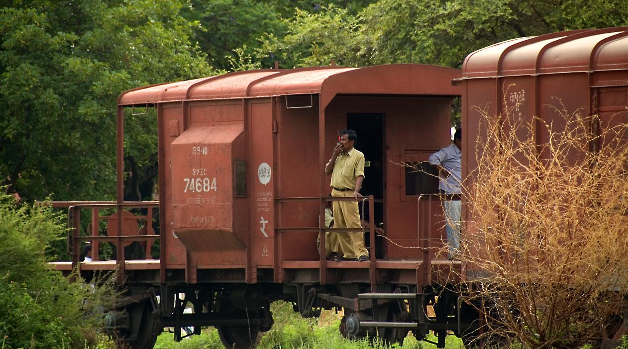 Brake_Van_74684_Indian_Railways.jpg