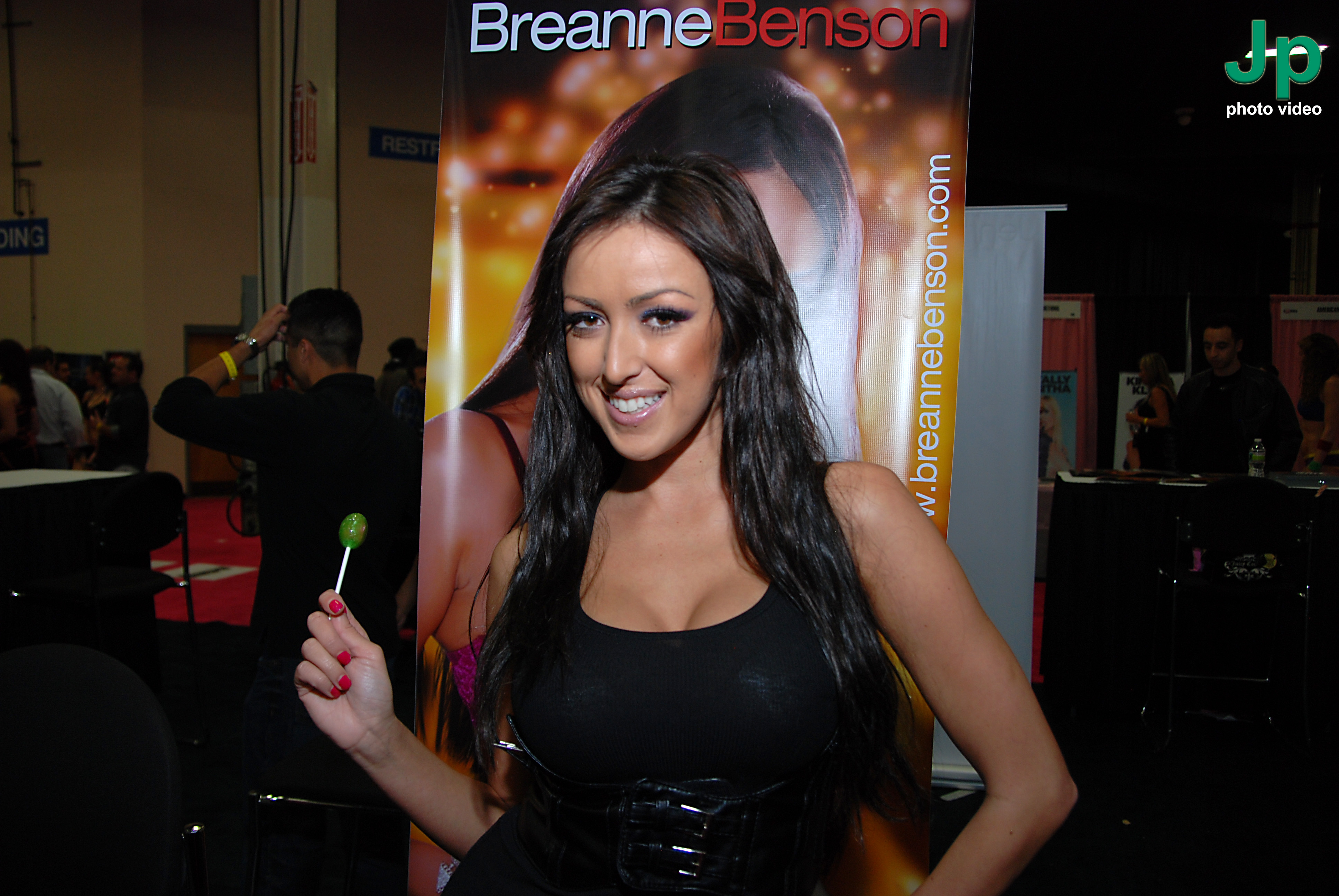 file:breanne benson at exxxotica new jersey 2010 (7) - wikimedia