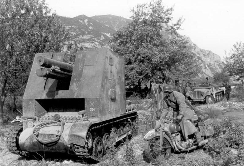 A sIG 33 self-propelled gun in Greece