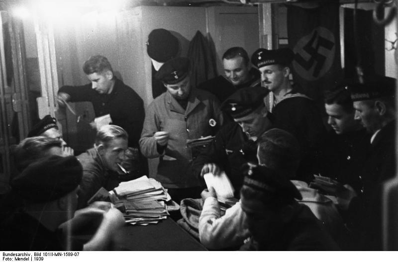 Bundesarchiv Bild 101II-MN-1589-07, V-P-Boot, Leben an Bord