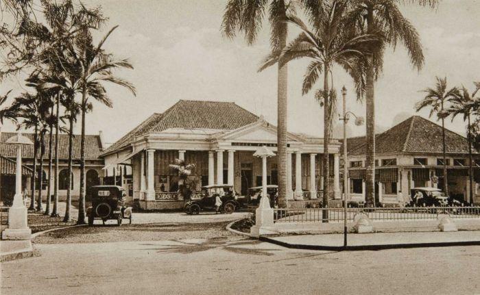 Hotel Grand Palace Surabaya