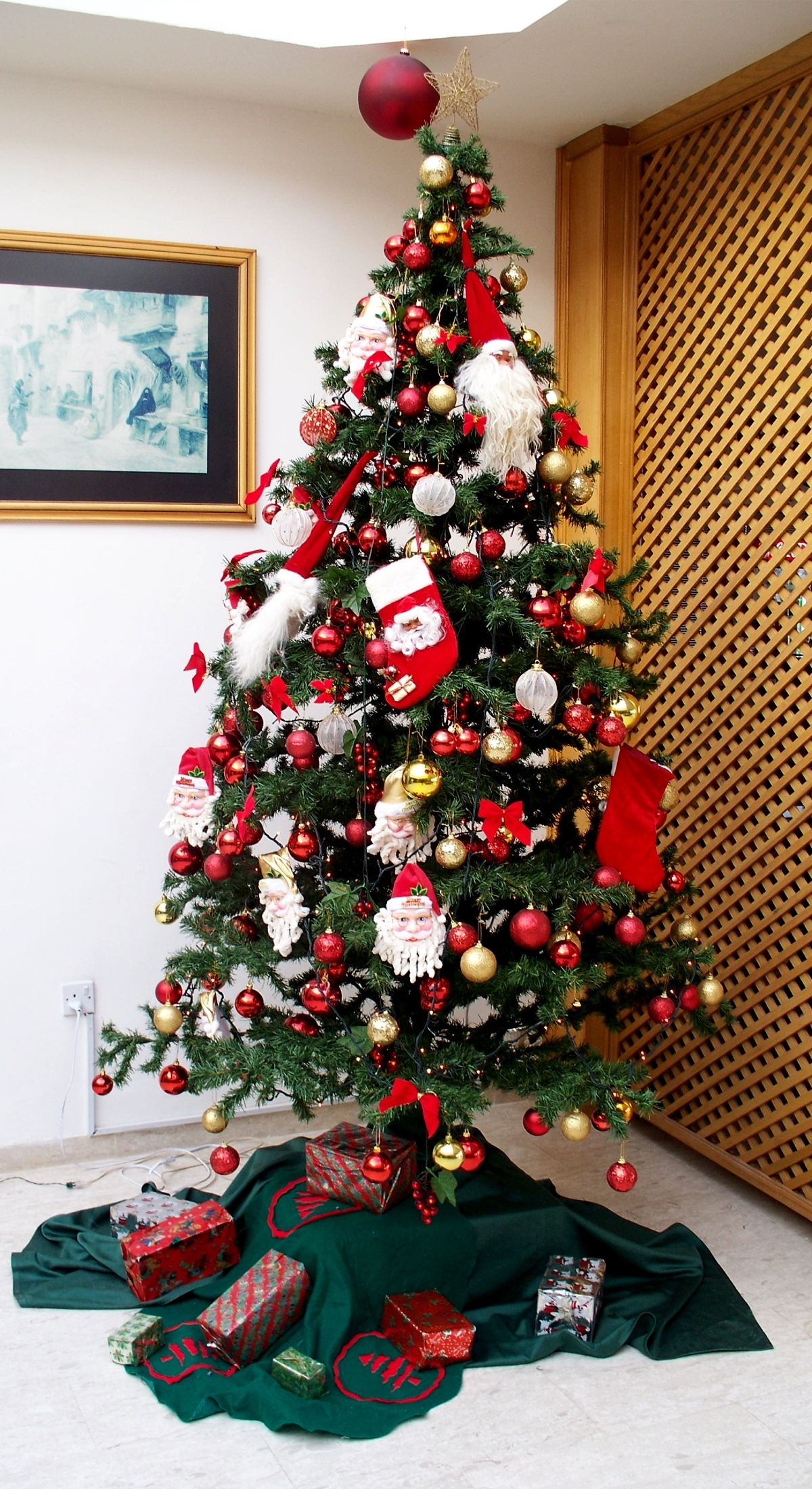 The History Of A Christmas Tree
