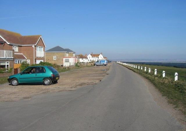 Coast Road - Littlestone seafront - geograph.org.uk - 786240