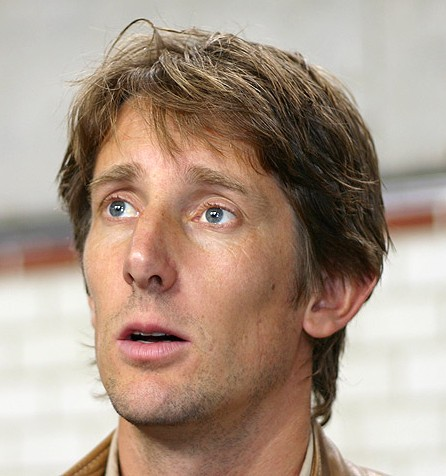 The 47-year old son of father (?) and mother(?) Edwin Van Der Sar in 2018 photo. Edwin Van Der Sar earned a  million dollar salary - leaving the net worth at 21 million in 2018