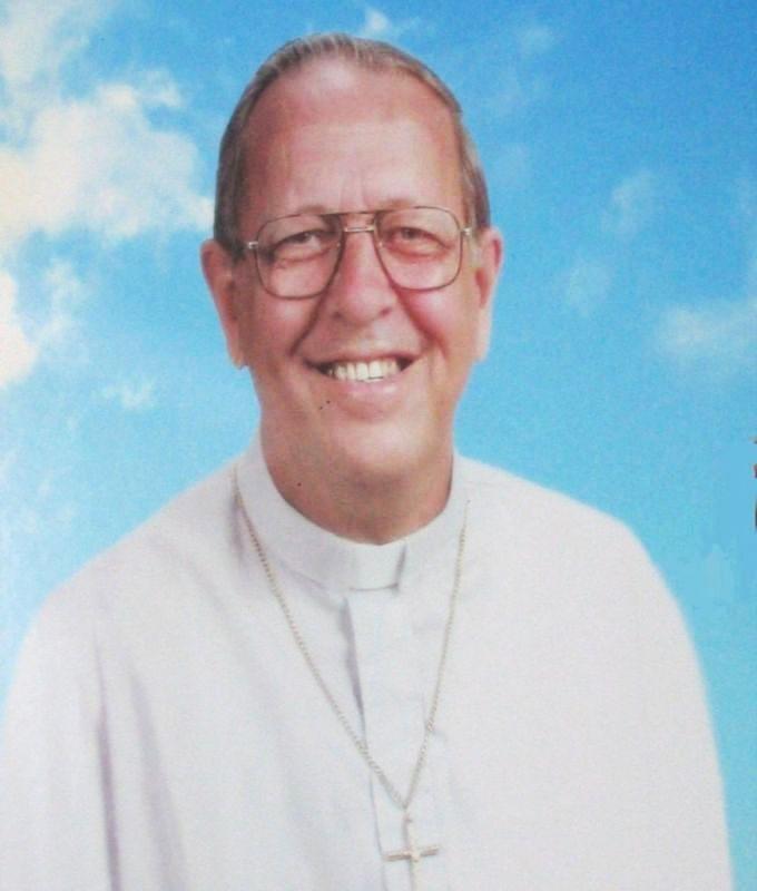 Padre Michele Vassallo Calendario.Emiliano Tardif Wikipedia