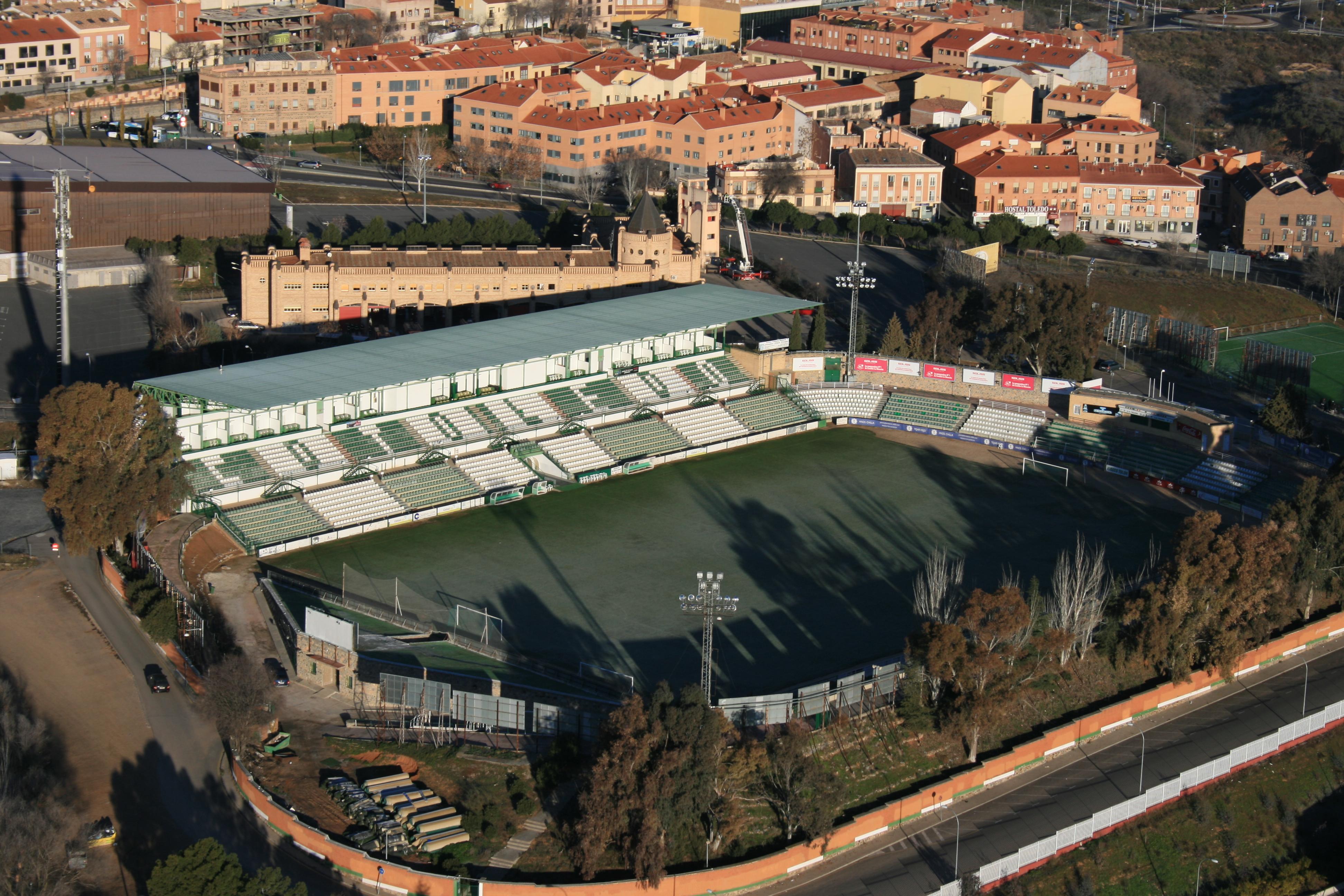 Estadio Salto del Caballo - Wikipedia, la enciclopedia libre