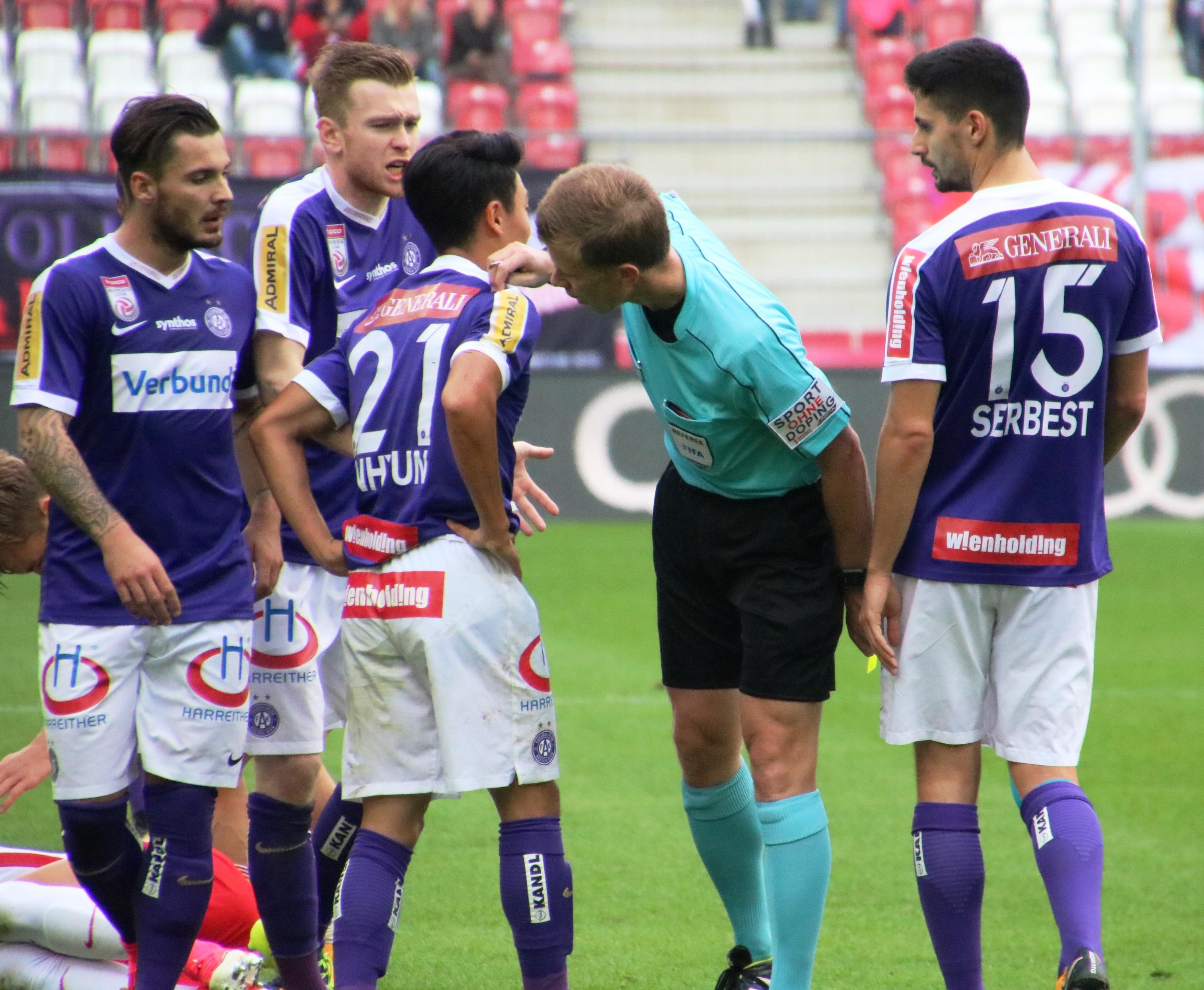 Filefc Red Bull Salzburg Gegen Fk Austria Wien 24 September 2017