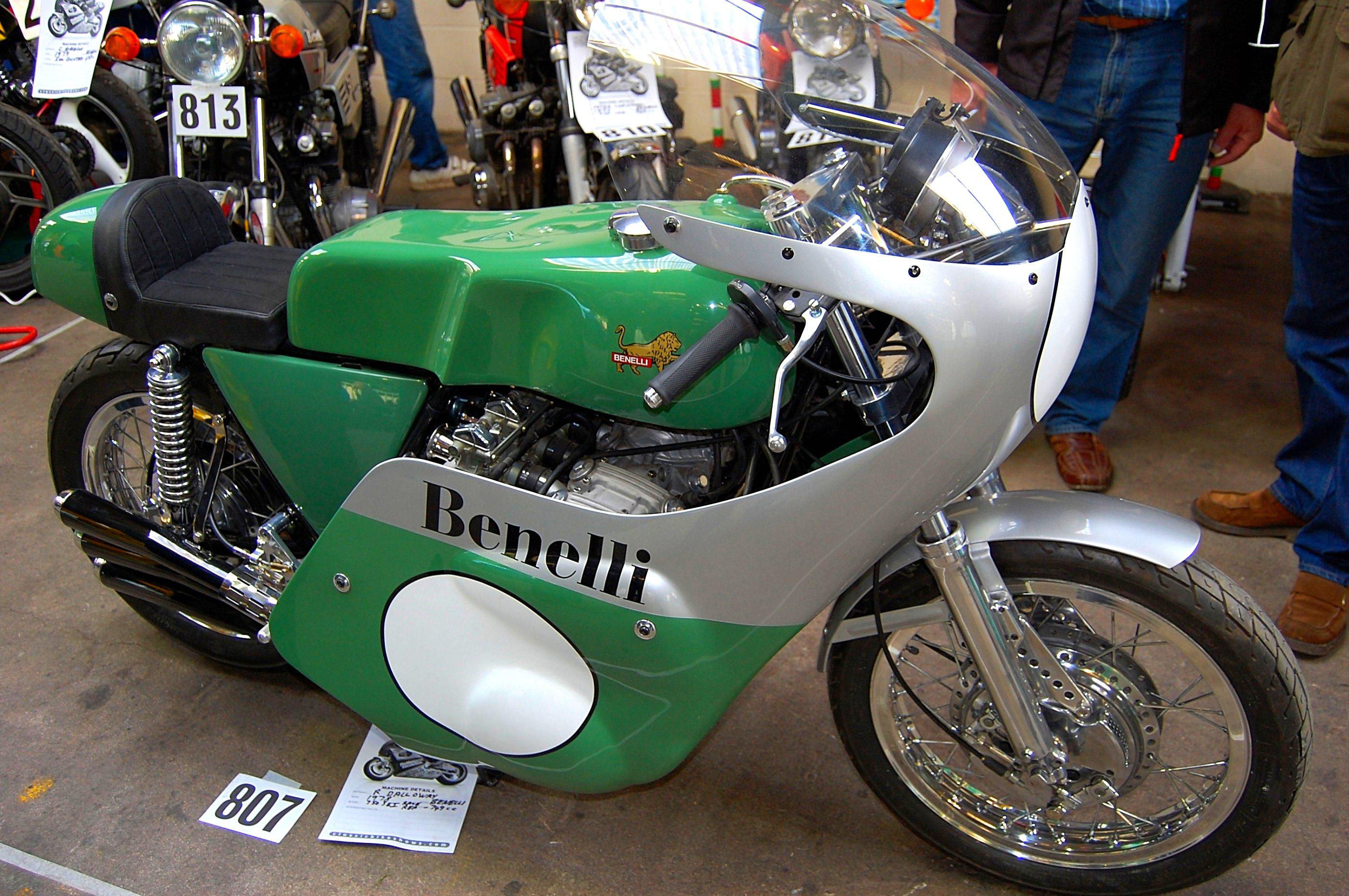 File:Flickr - ronsaunders47 - BENELLI 750cc RACE REPLICA. 1978..jpg -  Wikimedia Commons