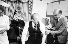 U.S. President Gerald Ford being vaccinated fo...