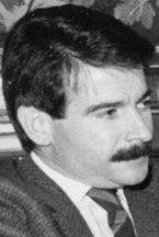 Gerardo Iglesias 1987 (cropped).jpg