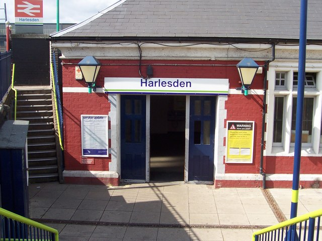 Harlesden Station NW10 - geograph.org.uk - 297481
