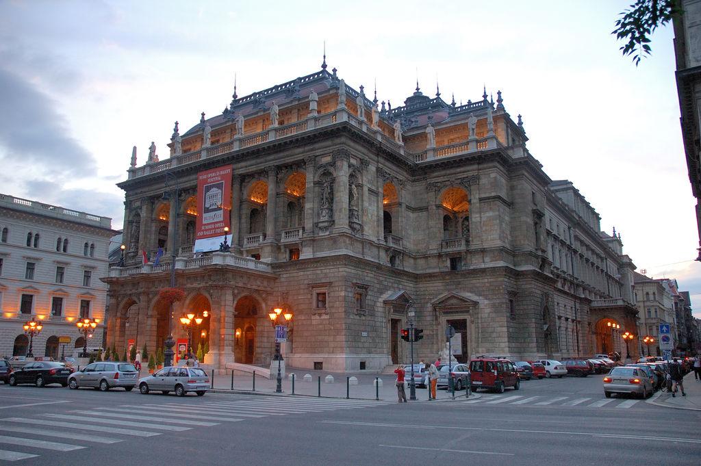 نتیجه تصویری برای Hungarian State Opera House