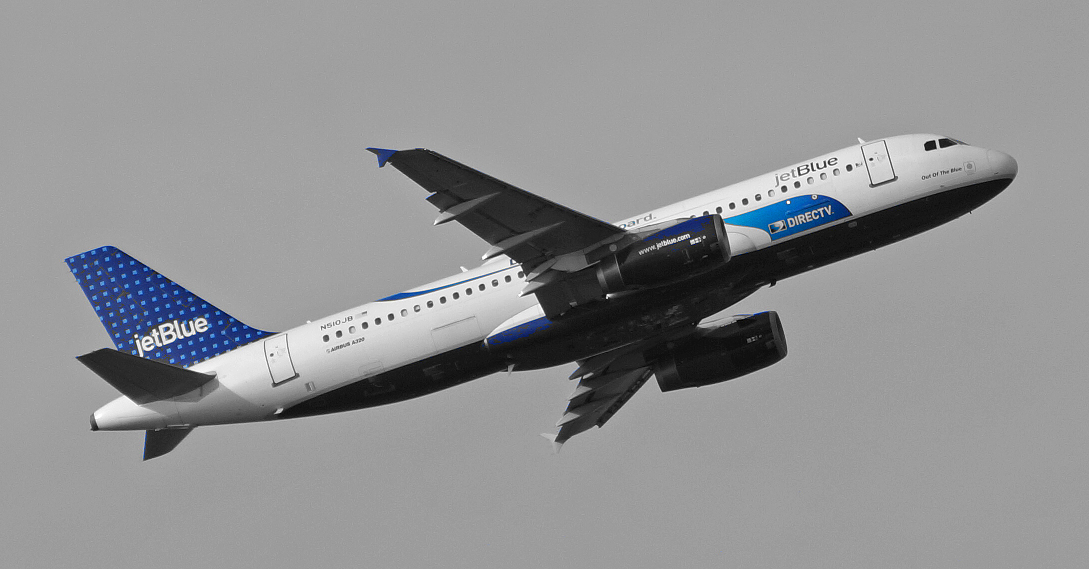 """JetBlue promotes DirecTV on board Airbus A320 N510JB """"Out of the Blue"""""""