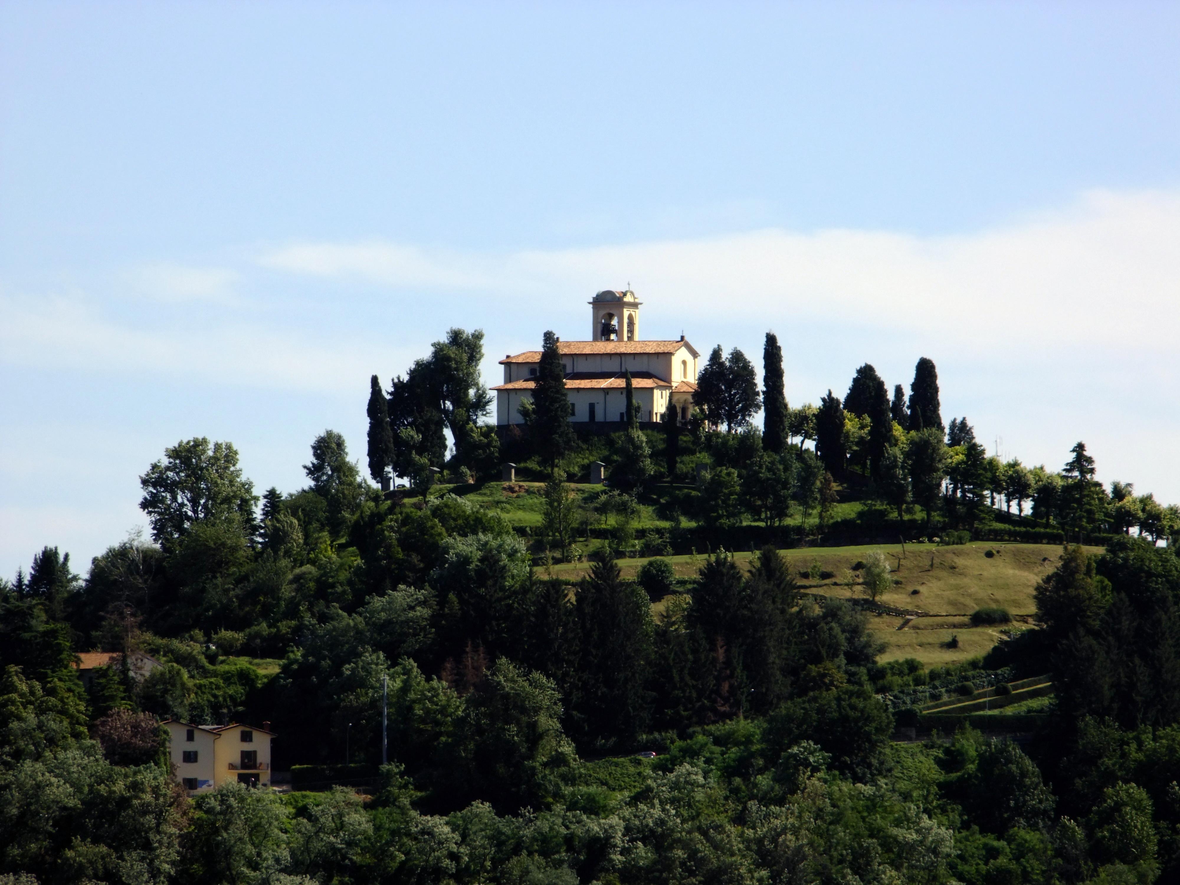 Montevecchia - Wikipedia