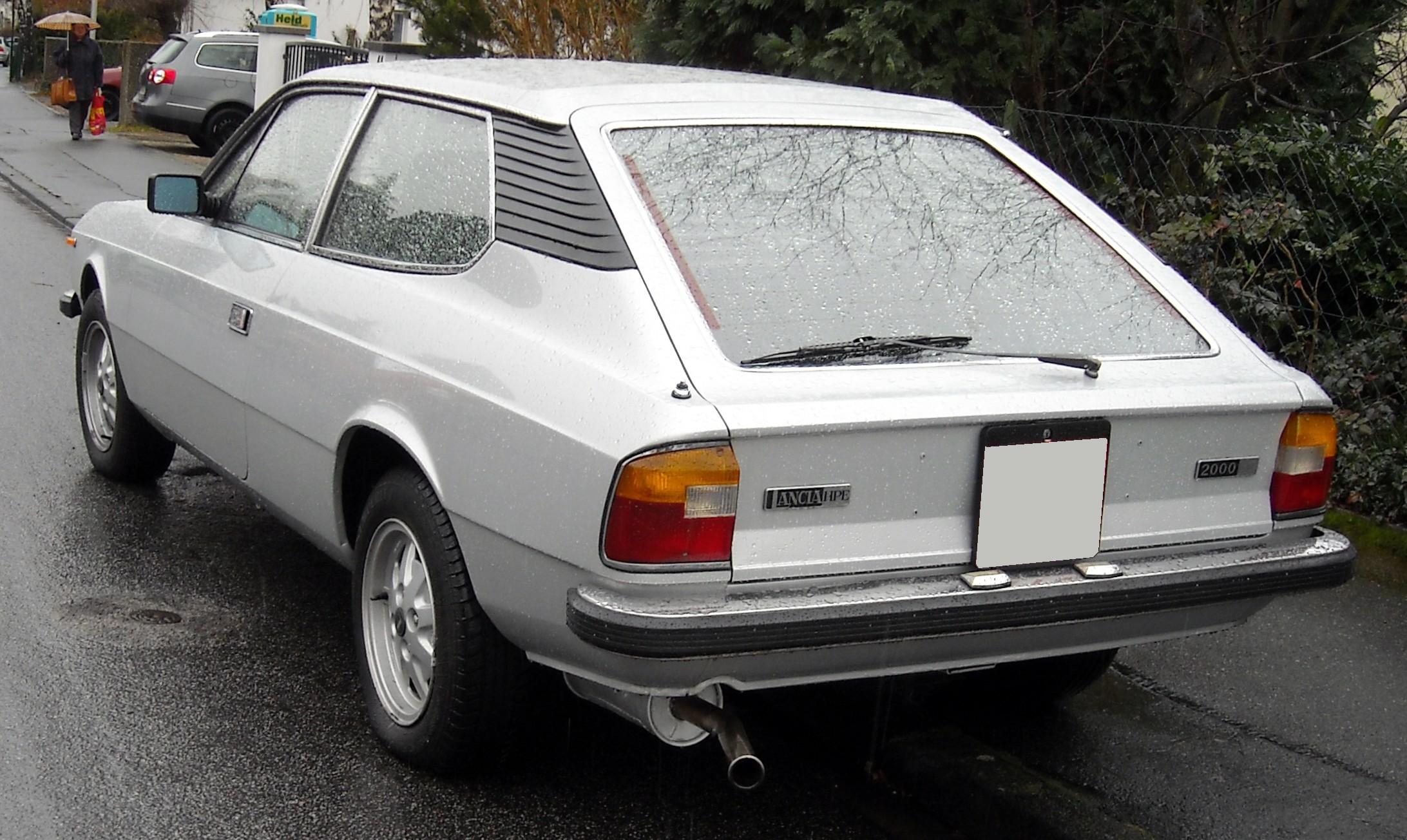 https://upload.wikimedia.org/wikipedia/commons/6/6e/Lancia_Beta_HPE_rear_20081203.jpg