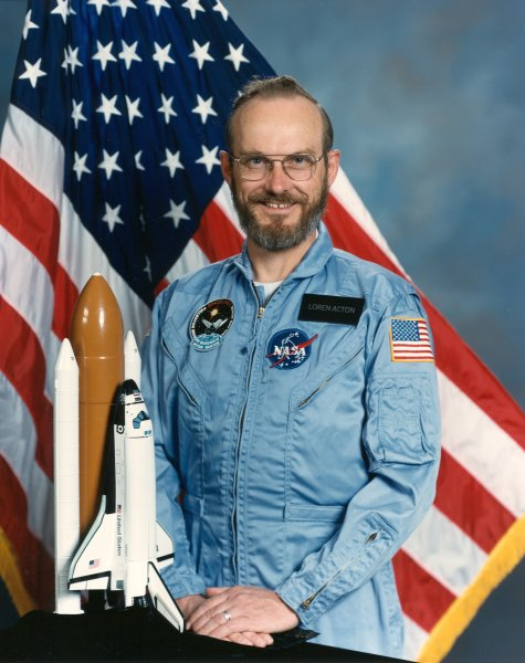 Astronaut Loren W. Acton, NASA photo Source: Wikipedia (NASA site unavailable March 2019) Loren_Acton.jpg