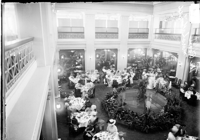 File:Marshall Field Tea Room.jpg