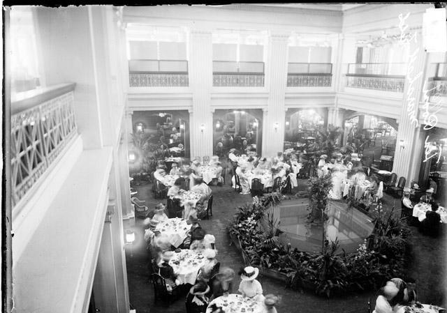 Vintage Chicago : Mrs. Herring\'s Chicken Pot Pie: The Recipe That ...