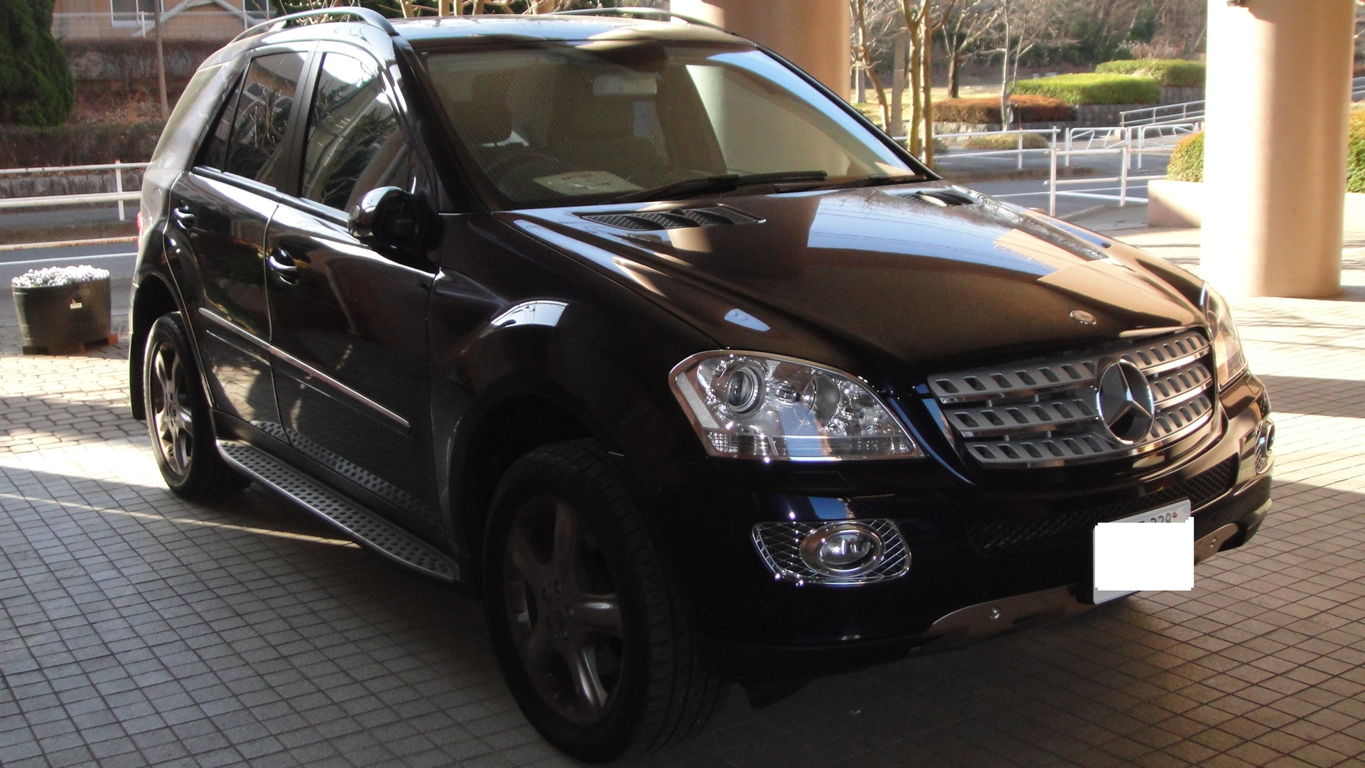 File mercedes benz ml350 tx wikimedia commons for Mercedes benz of boerne tx